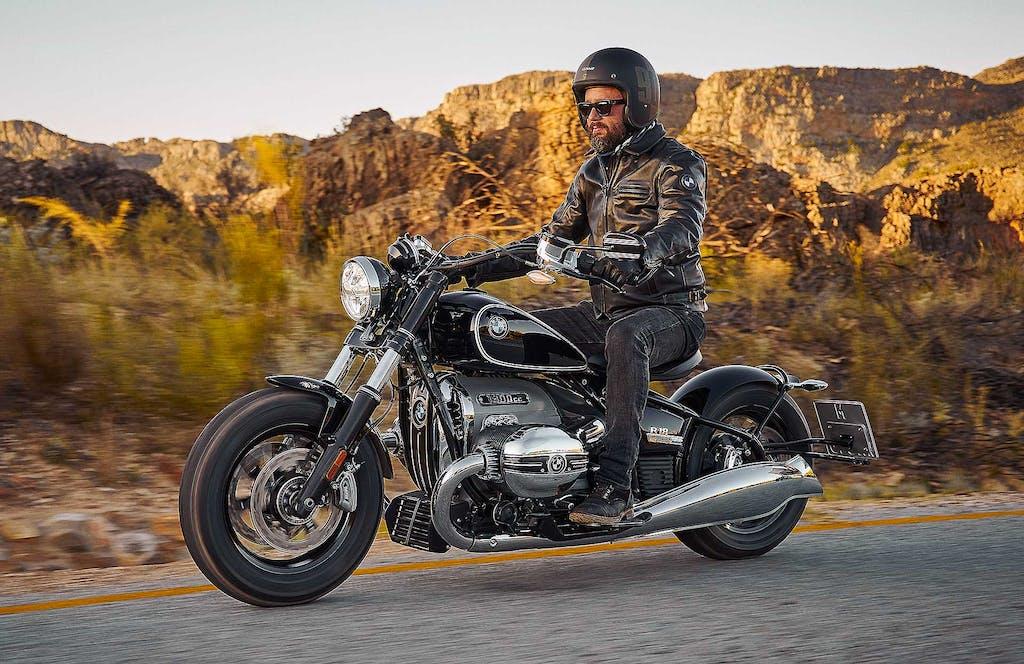 BMW R18  Motorrad a stelle e strisce