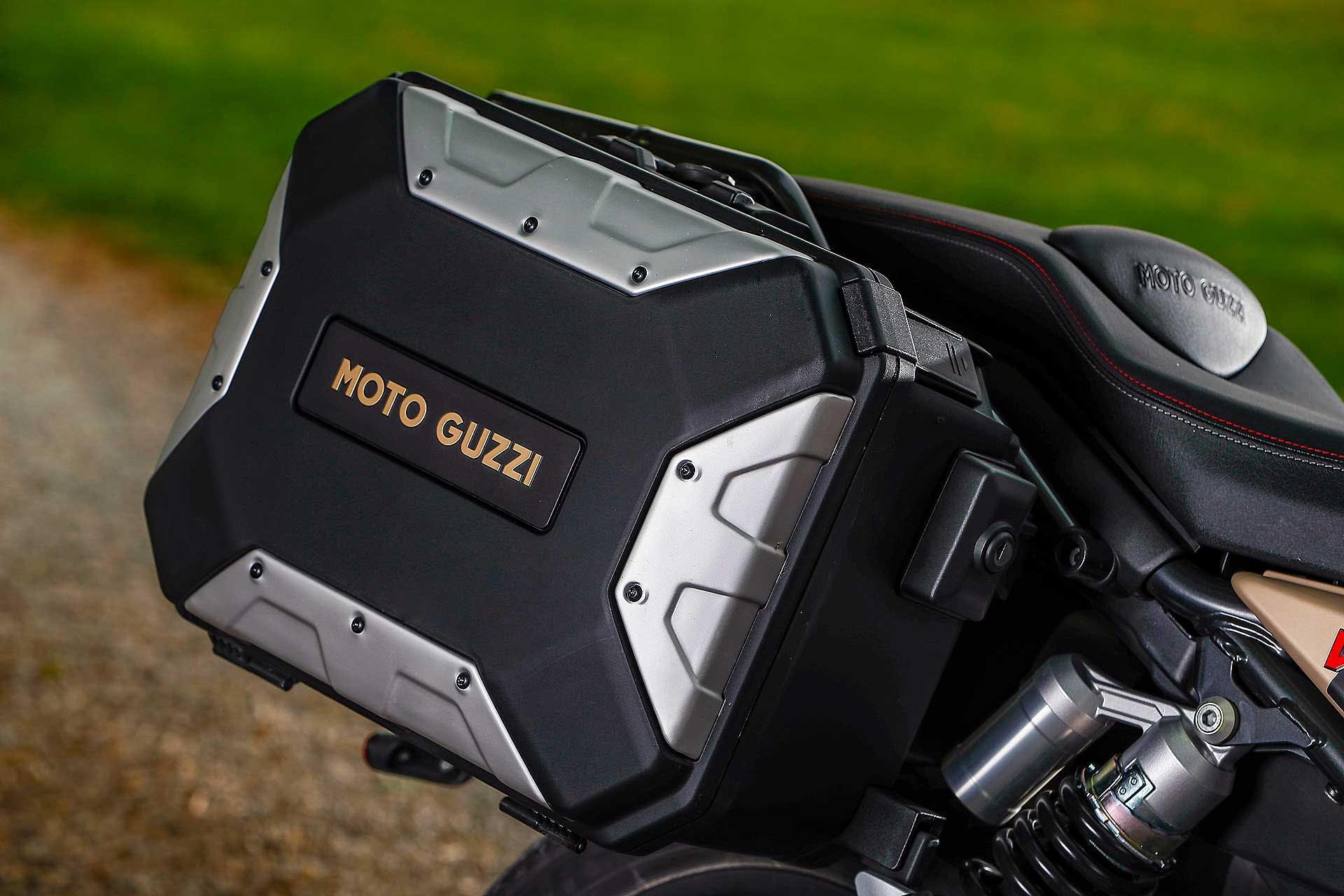 Moto Guzzi V85 TT Travel borse laterali