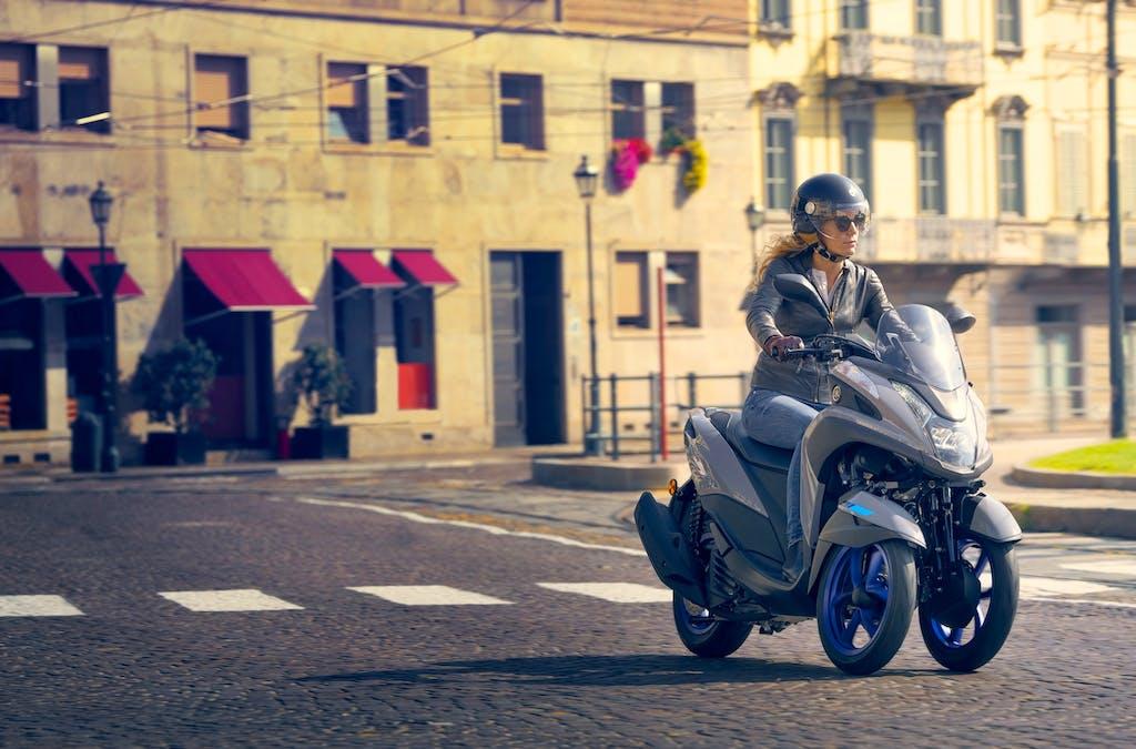 Yamaha Tricity 300, prezzo e pacchetti accessori