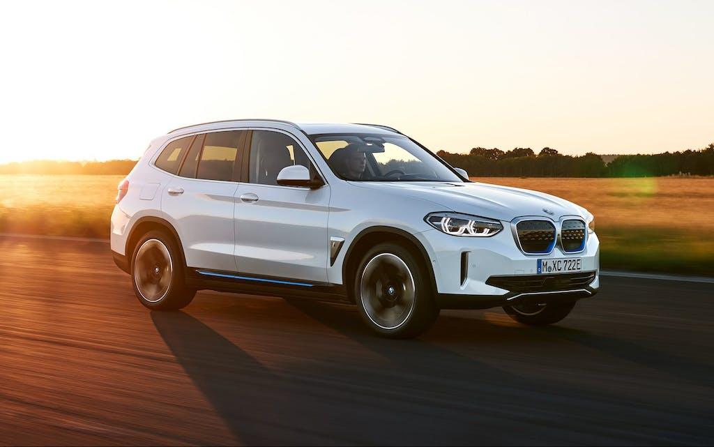BMW iX3 vs Audi e-tron, Mercedes EQC e Jaguar I-Pace