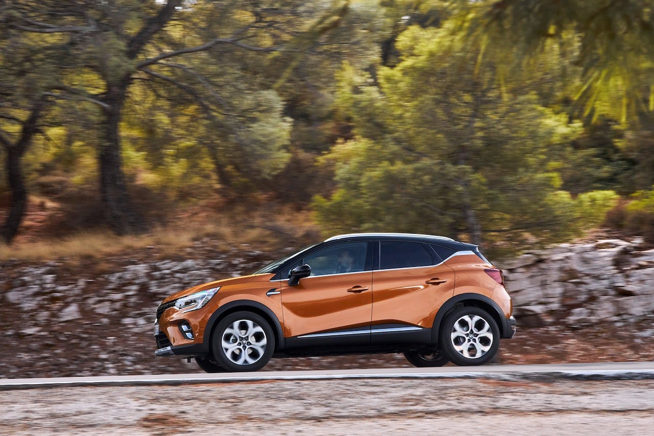 Nuova Renault Captur vista laterale