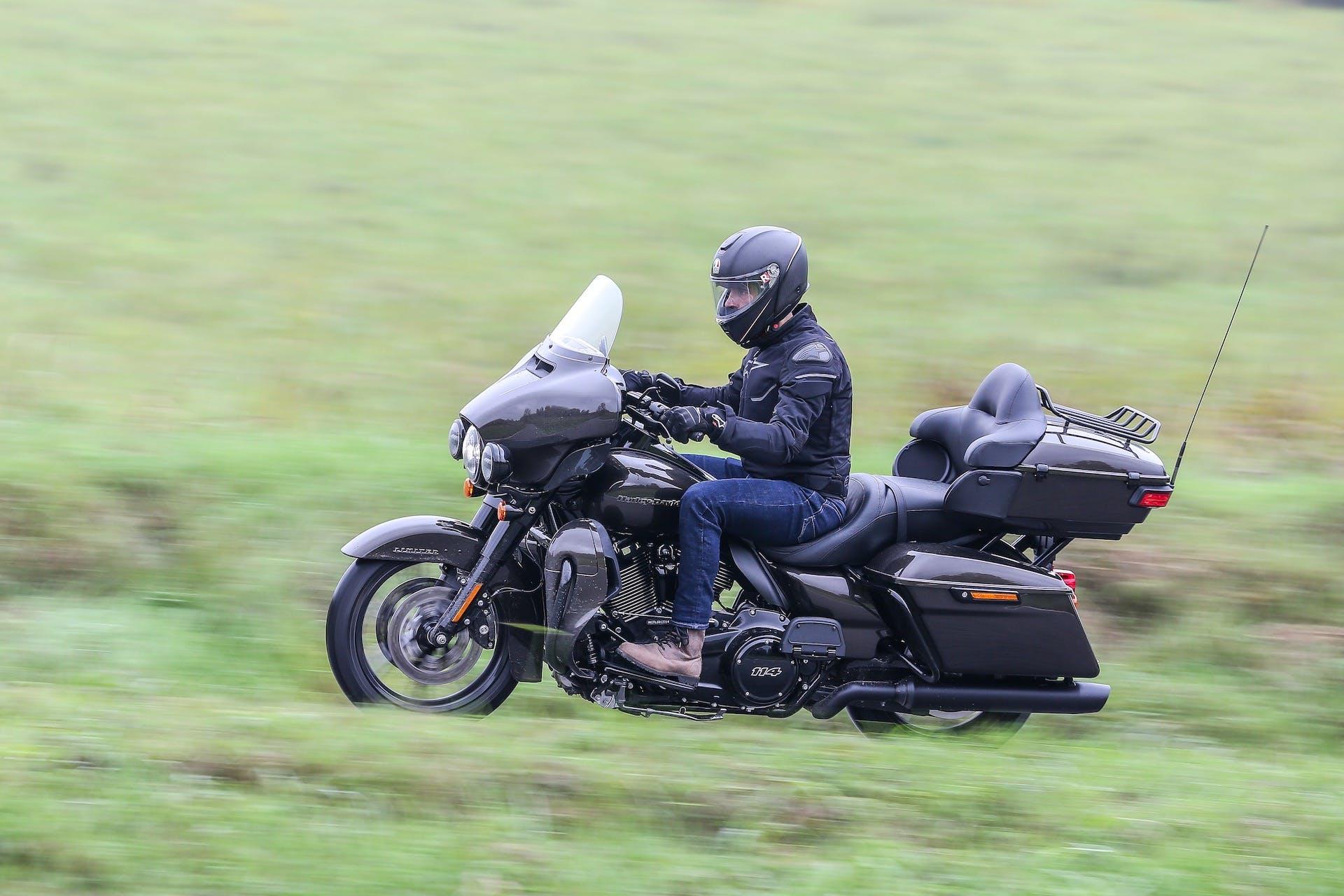 Harley-Davidson Ultra Limited test ride
