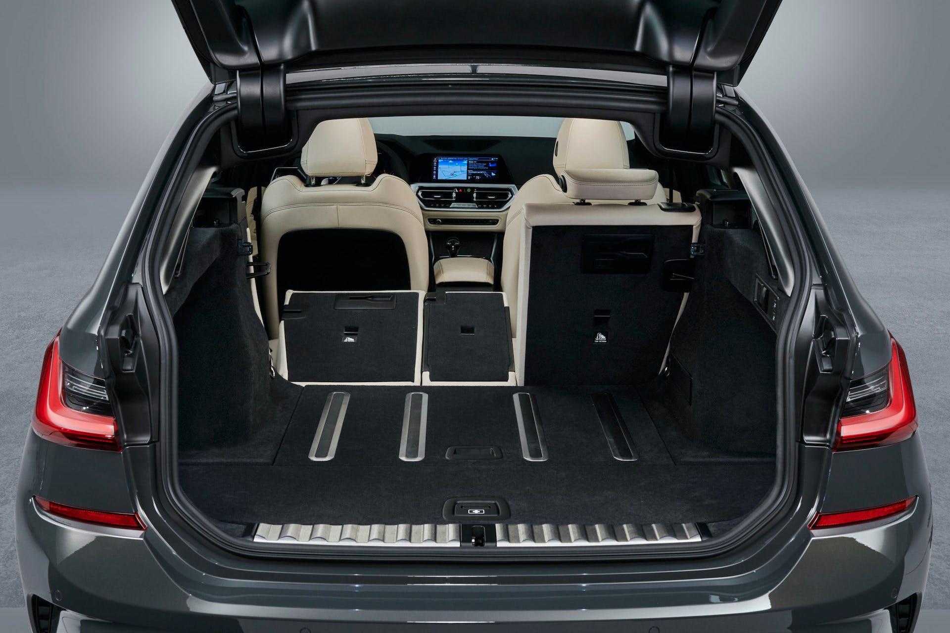 BMW_Serie 3_Touring_sedili abbattuti