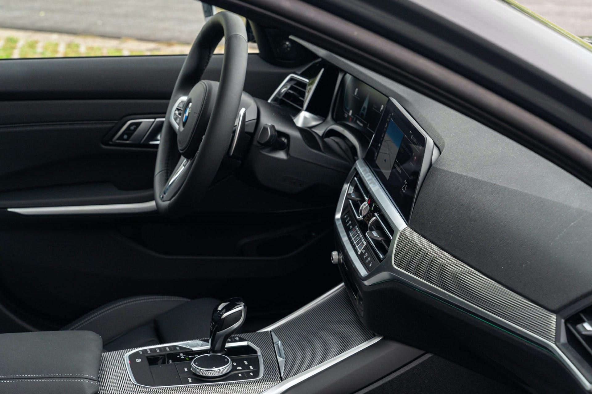BMW_Serie 3_Touring_plancia