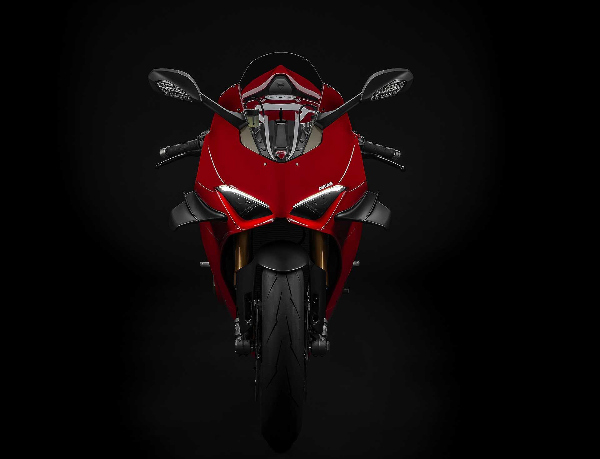 Ducati Panigale V4 2020 Moto con ali foto in studio
