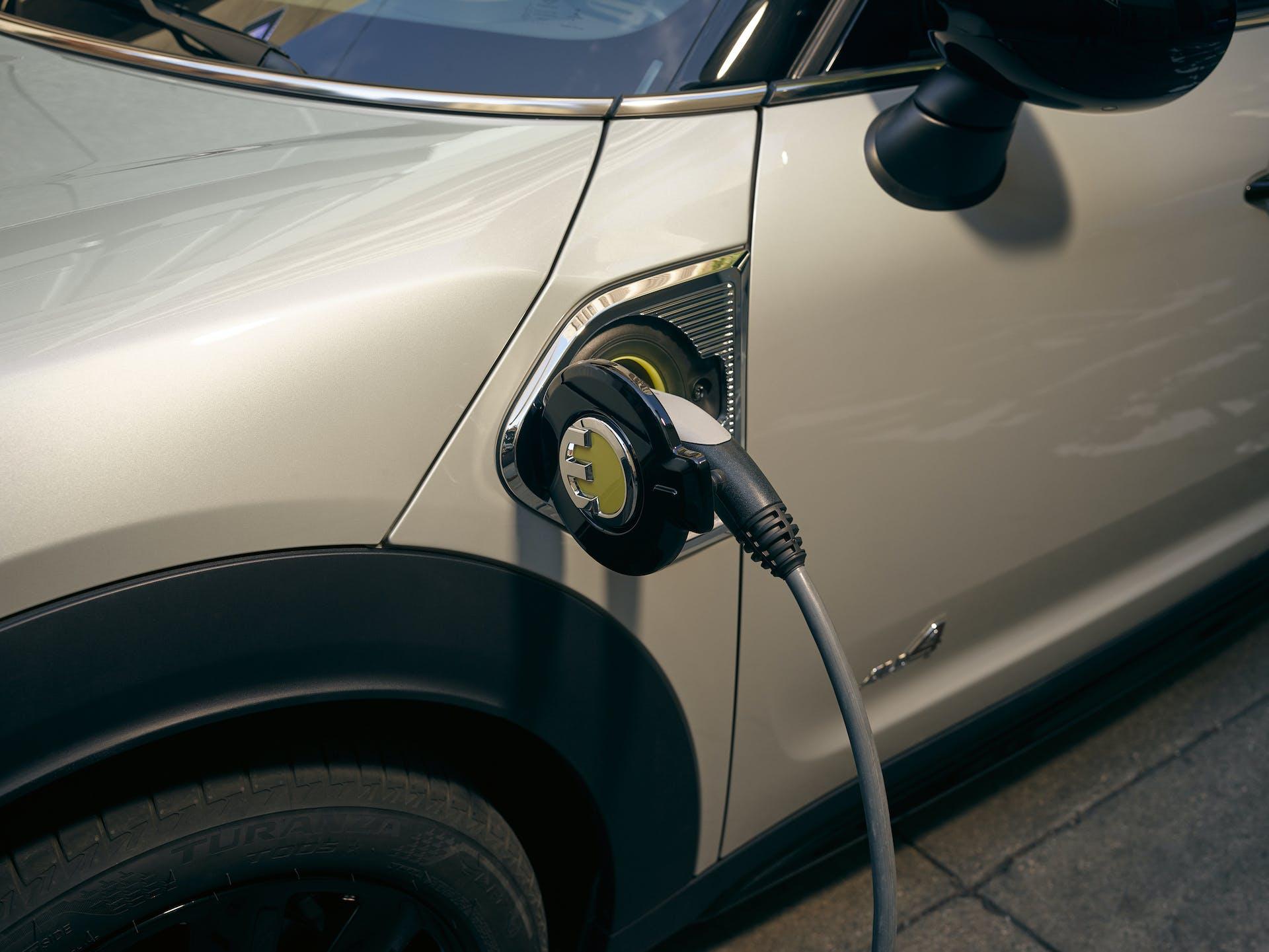 MINI Countryman restyling plug-in