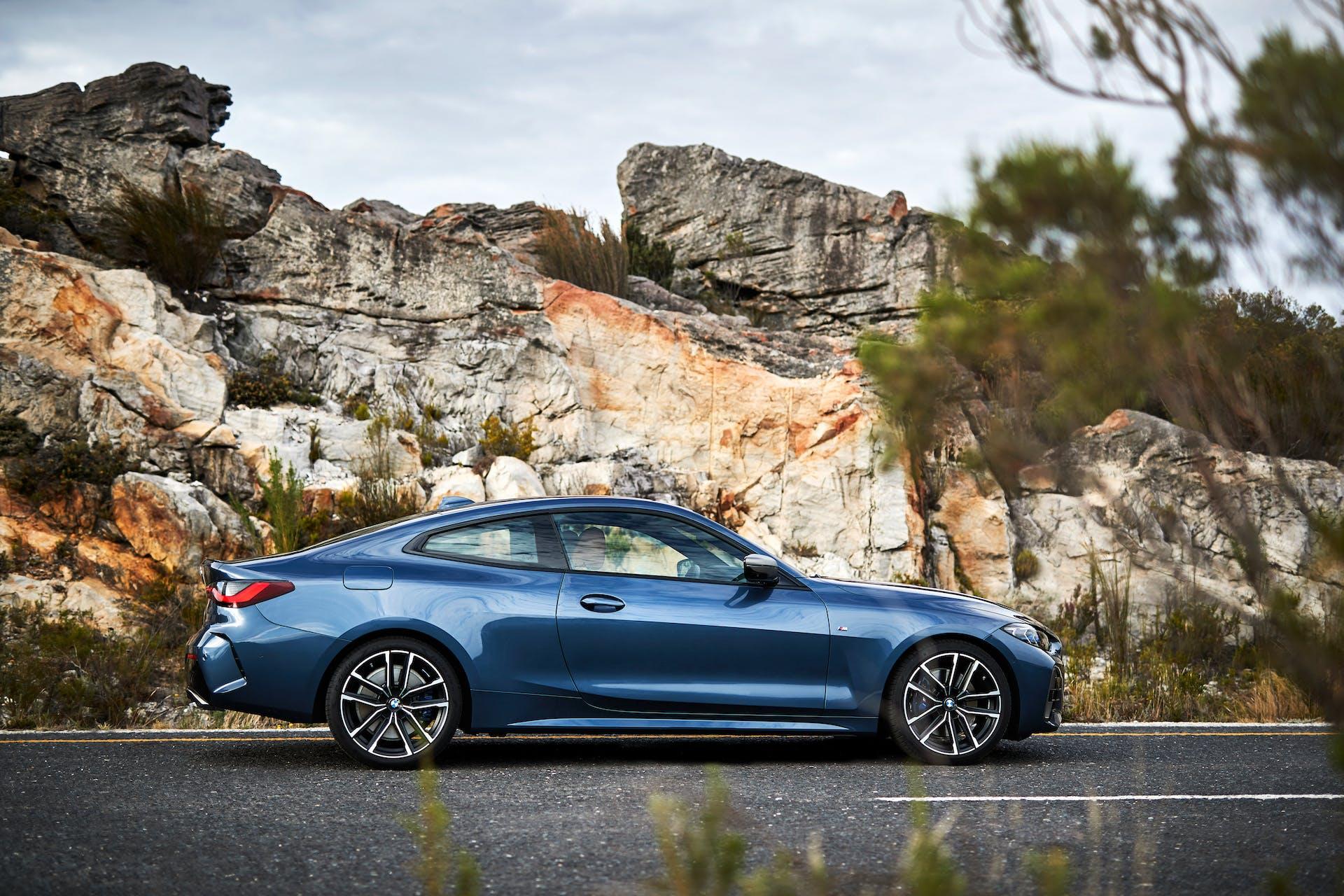 BMW Serie 4 vista laterale
