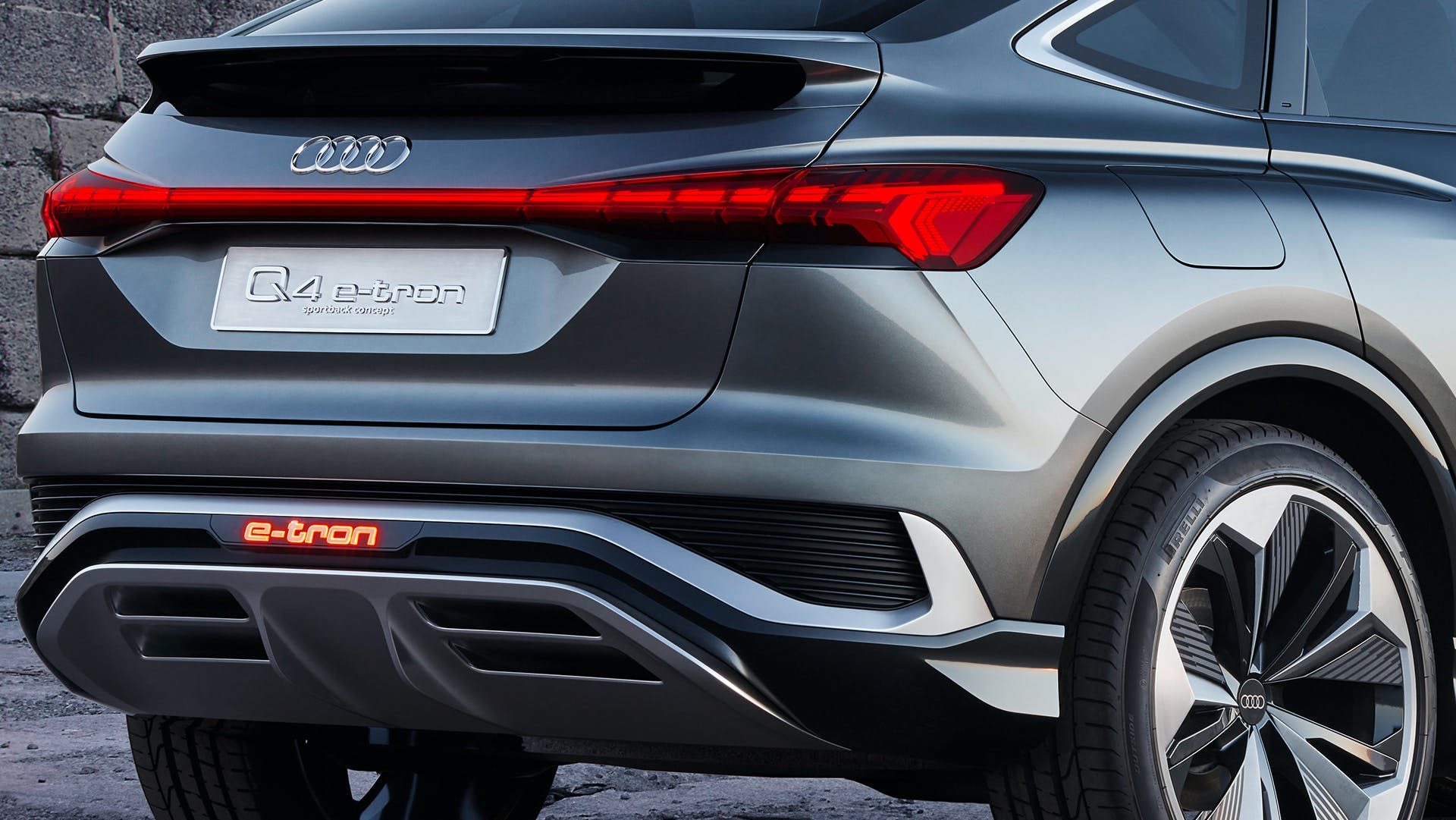 Audi Q4 Sportback e-tron concept dettaglio posteriore