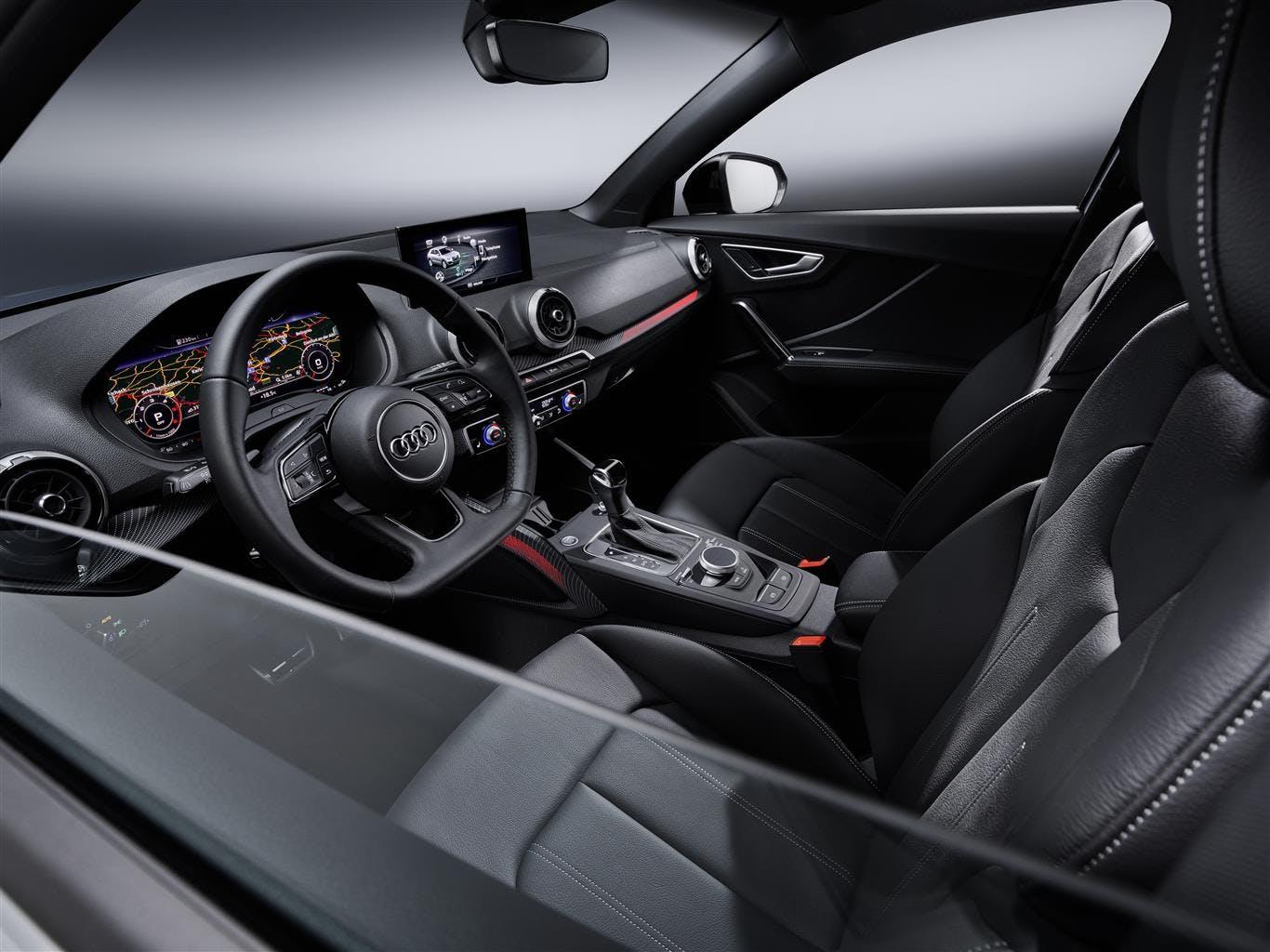 Audi Q2 restyling plancia