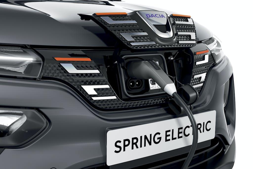 test Dacia-SPRING ricarica