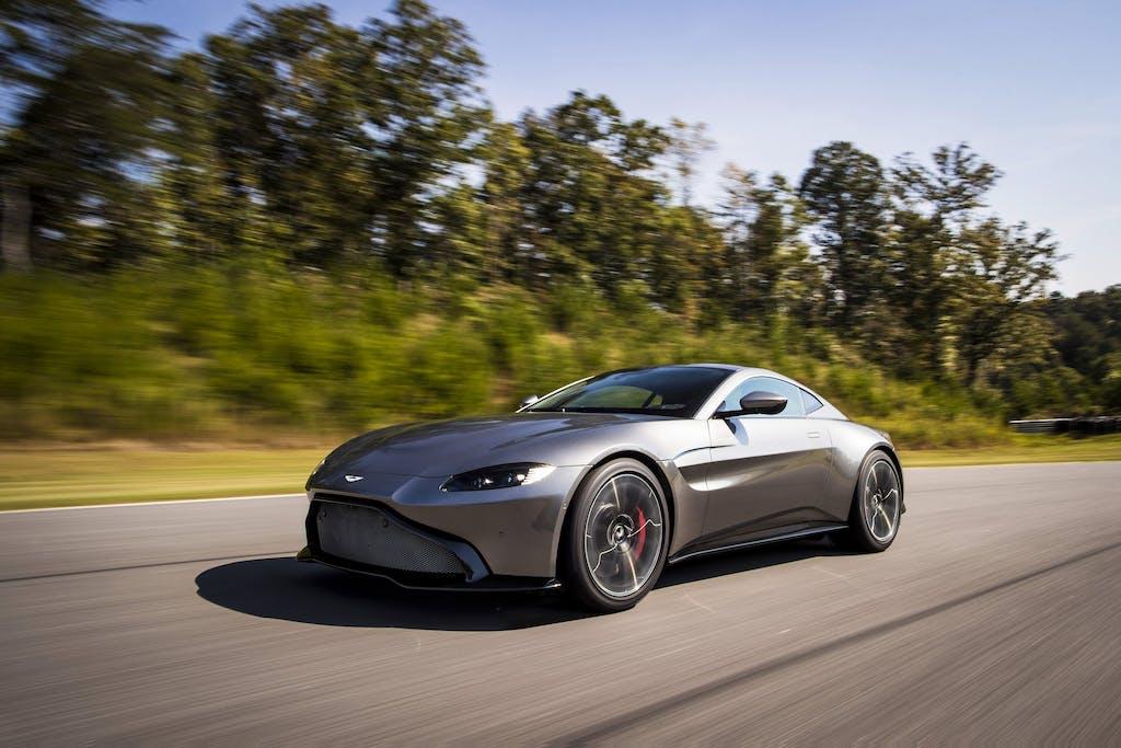 Aston Martin Vantage MY18: al cuor non si comanda