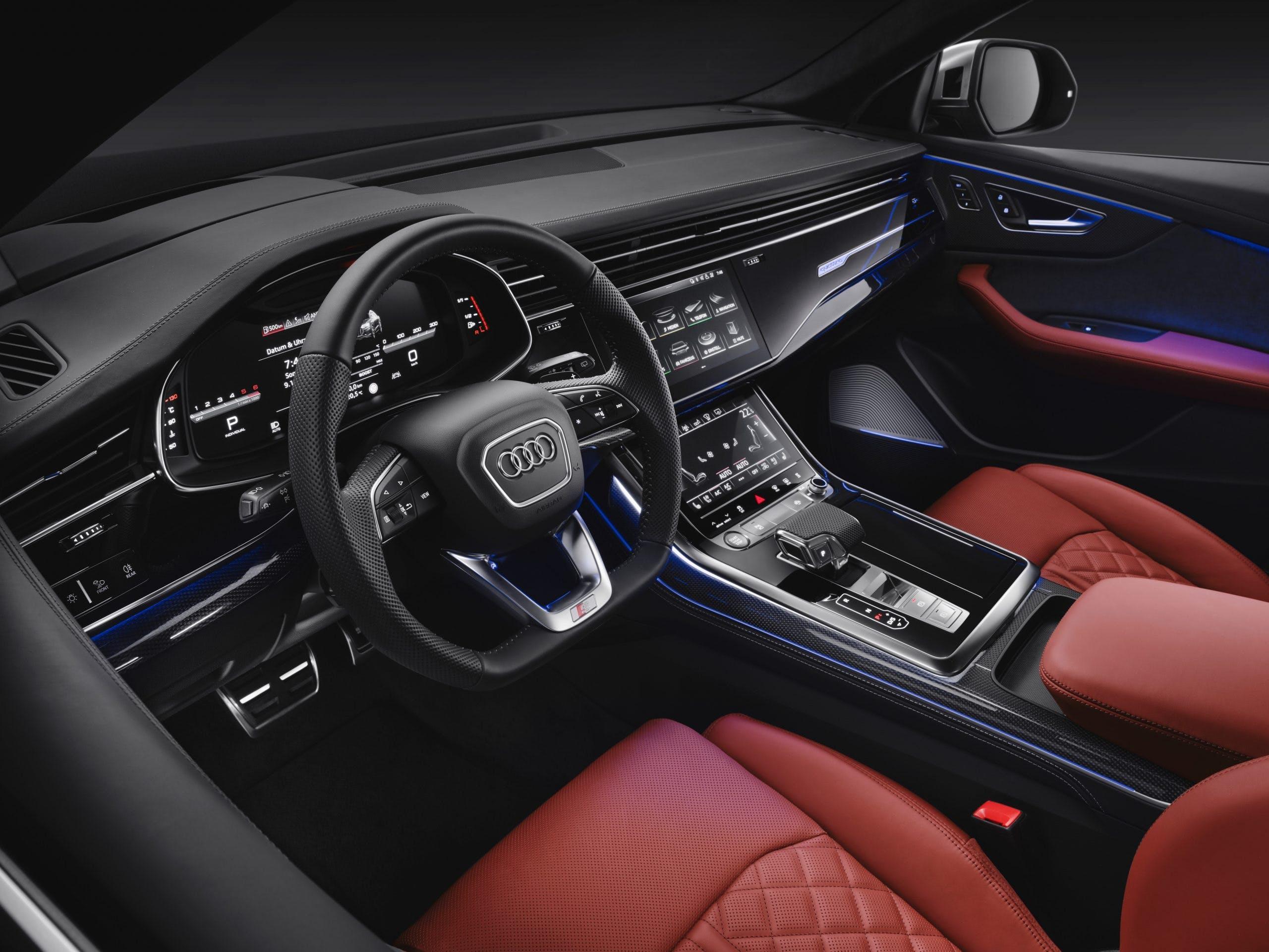 Audi SQ8 TDI plancia