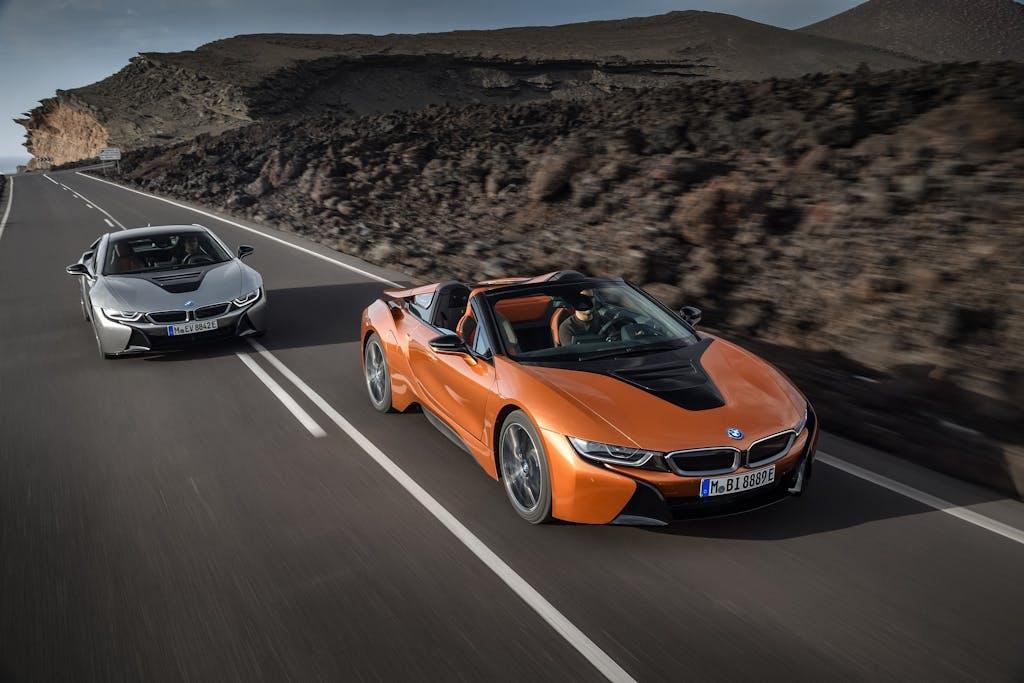 BMW i8 2018 e Roadster: ibrido caliente