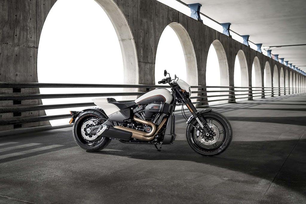 Prova Harley-Davidson FXDR 114, cruiser all'americana