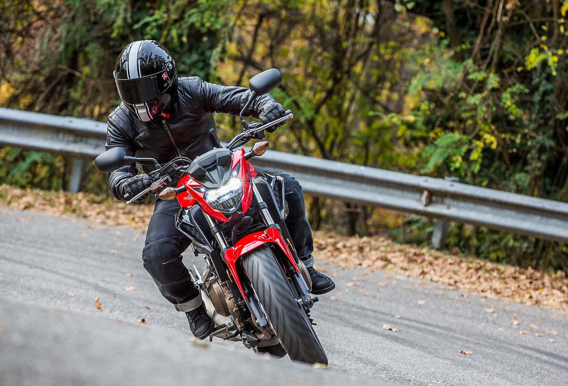 Honda CB 500 F dinamica