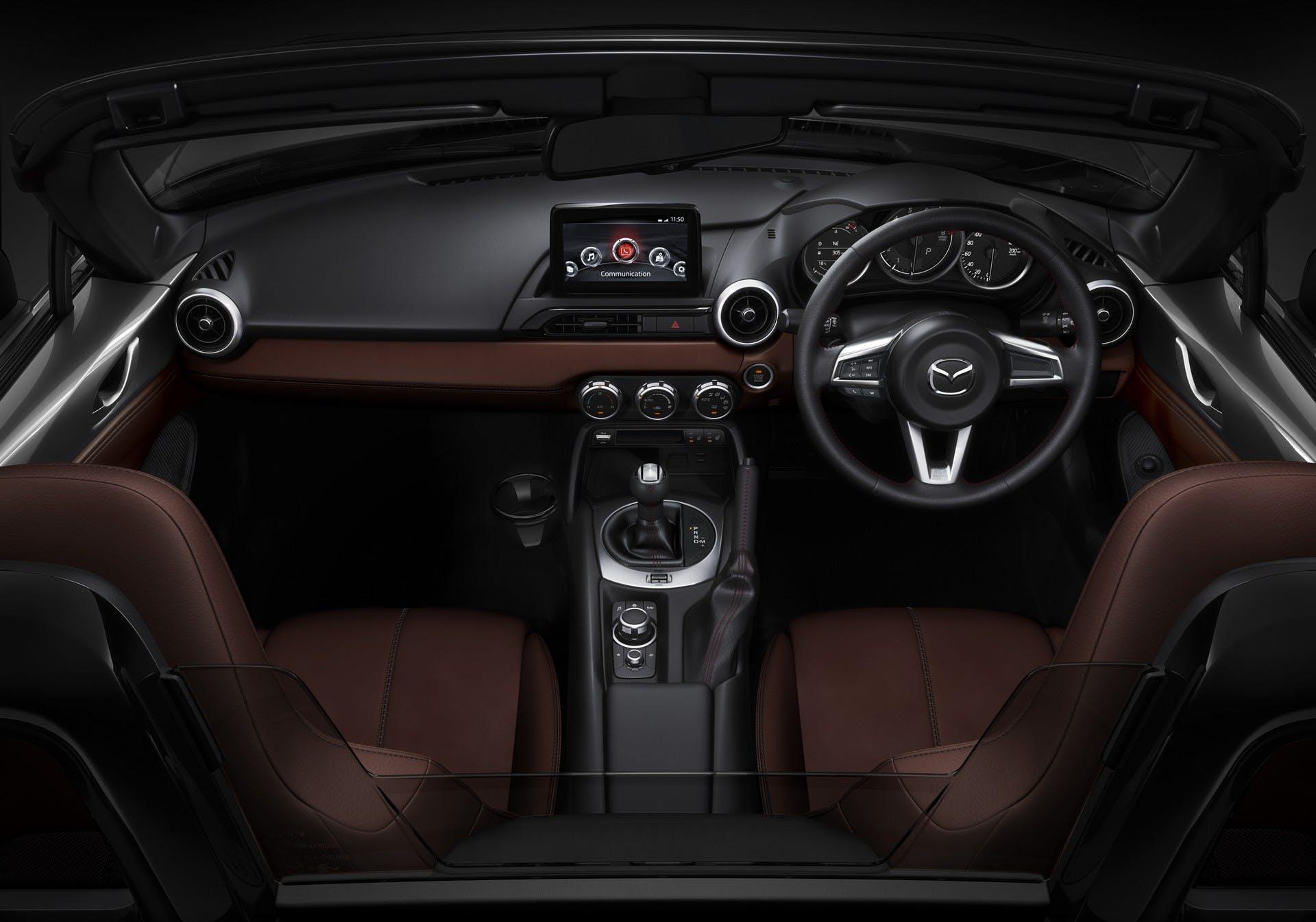 Mazda MX-5 MY18 interni