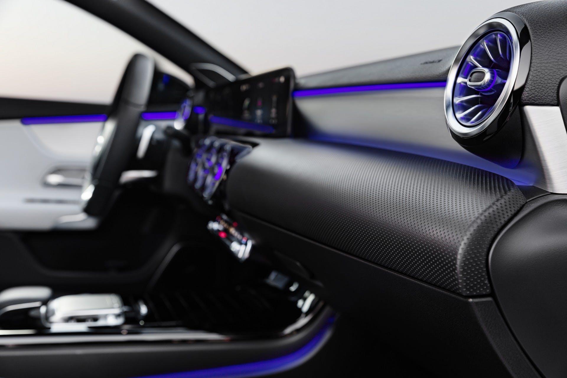 Mercedes-Benz Classe A 2018 interni