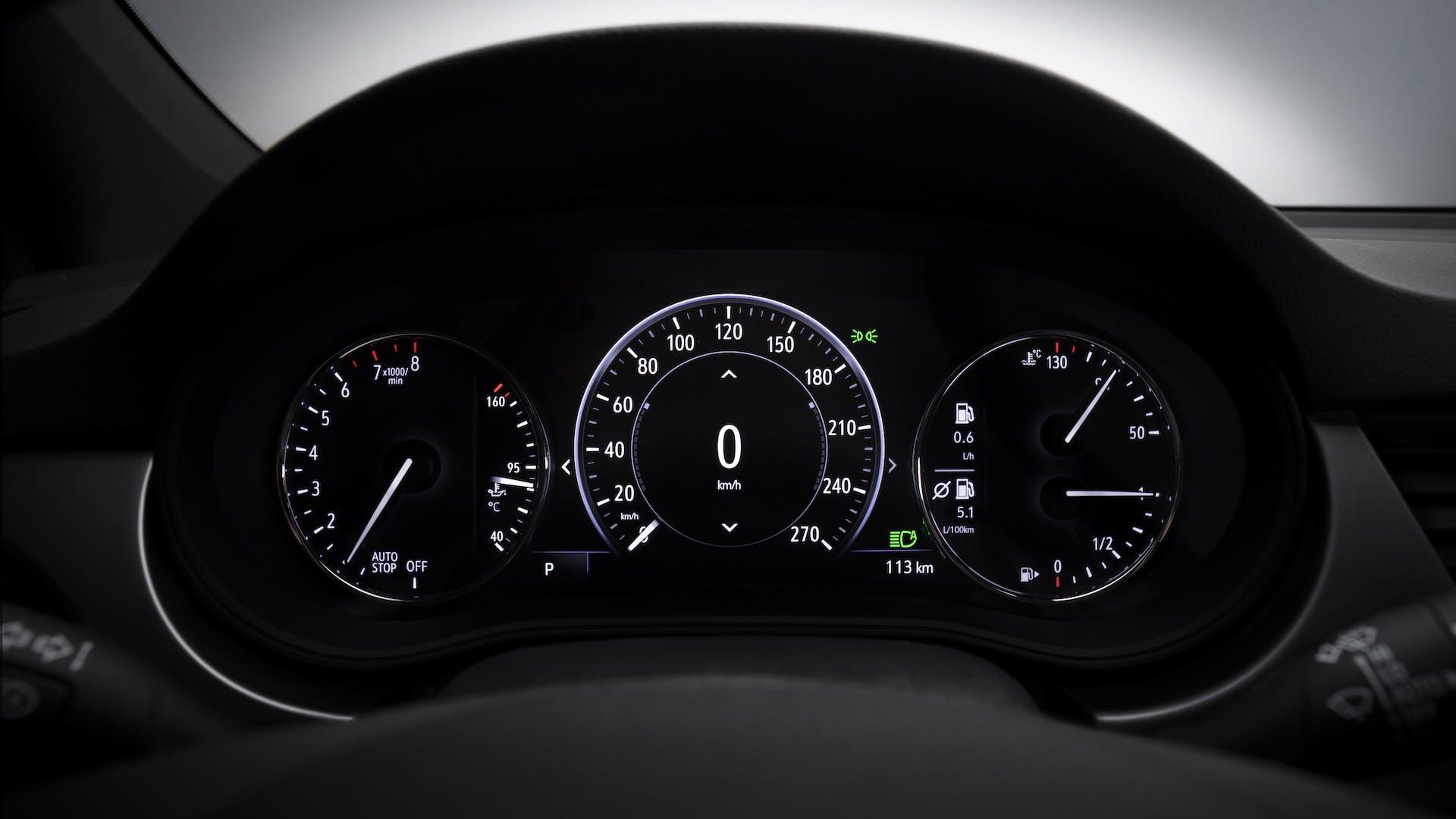 Opel Astra restyling 2019 strumentazione