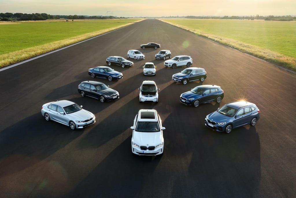 BMW ibride plug-in ed elettriche in prova a Milano, Napoli, Bologna e Firenze