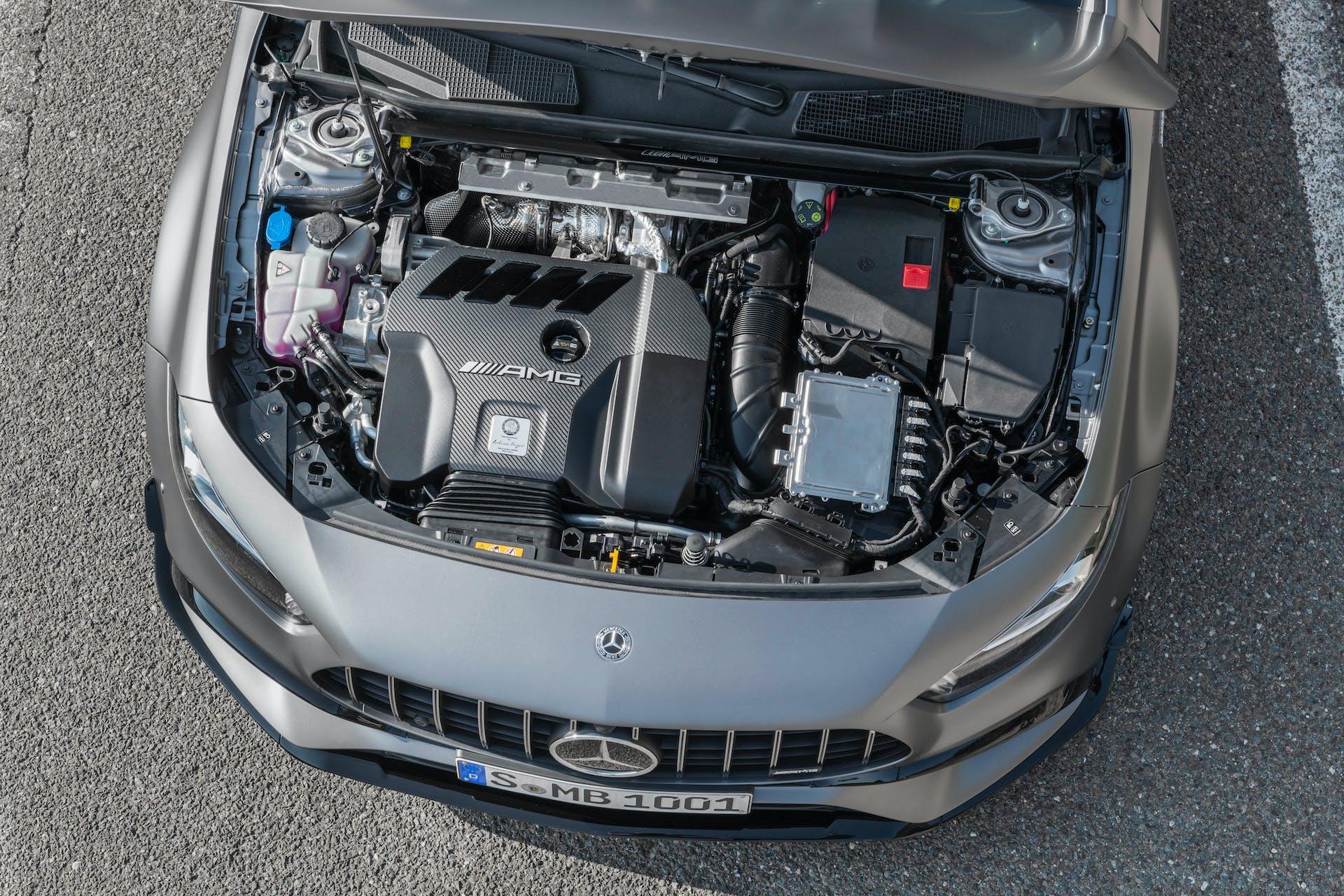 Mercedes-AMG A45 motore