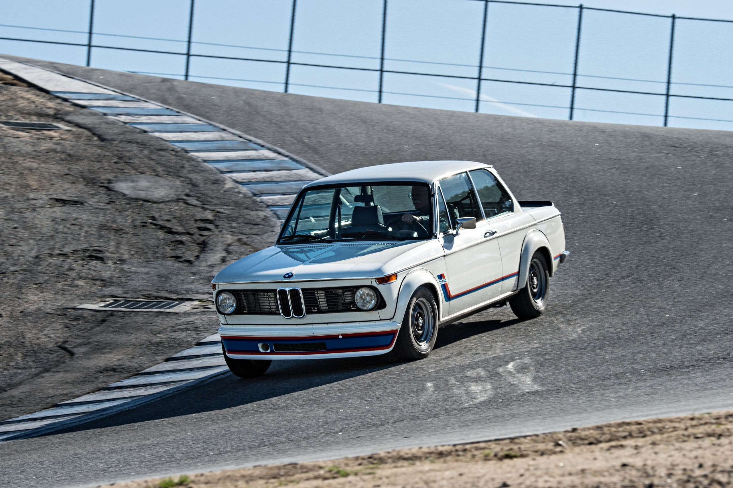 bmw_2002_turbo