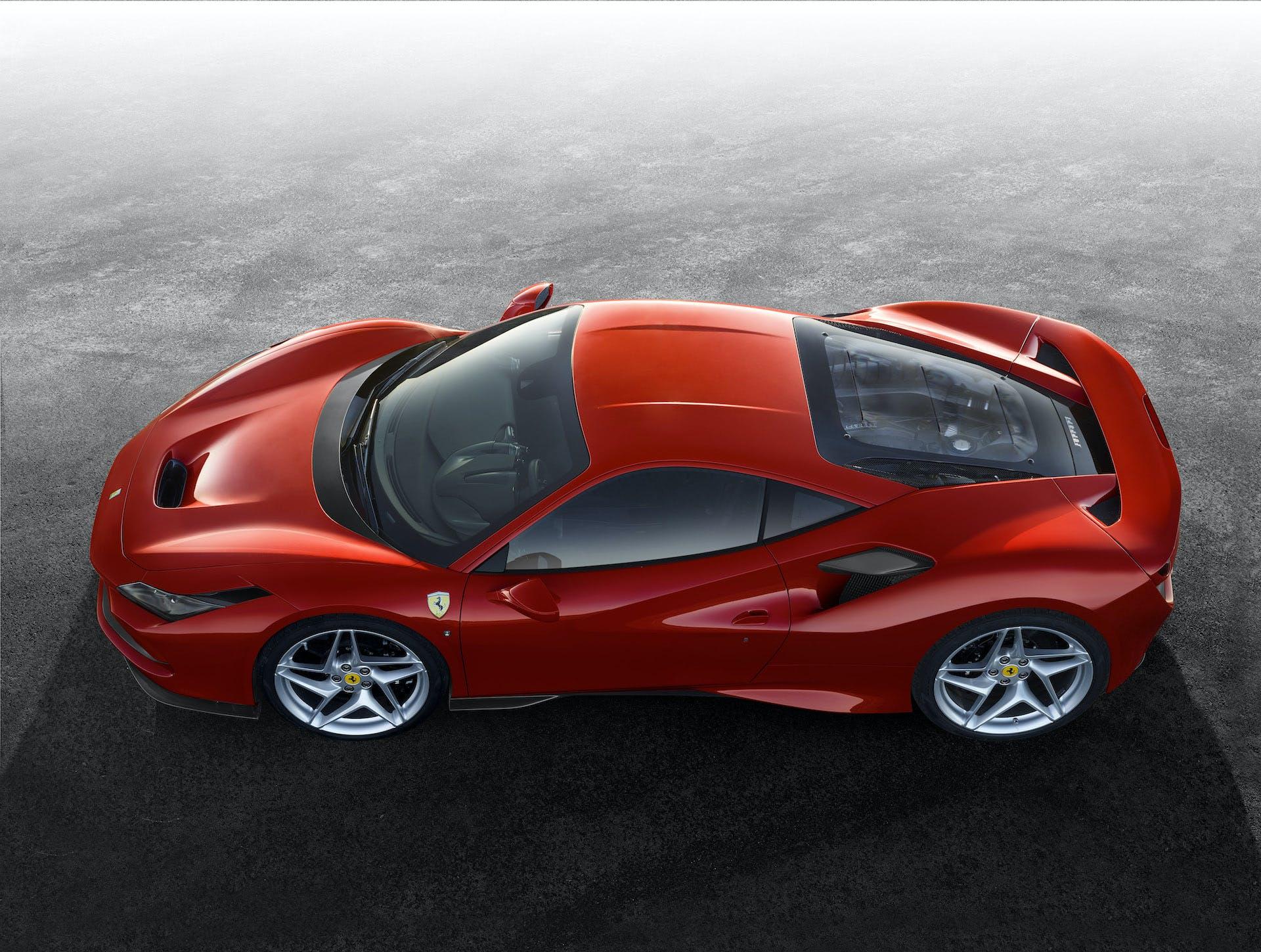 Ferrari F8 Tributo laterale