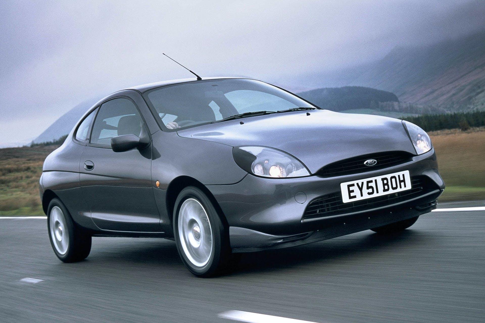 Ford Puma in movimento vista frontale