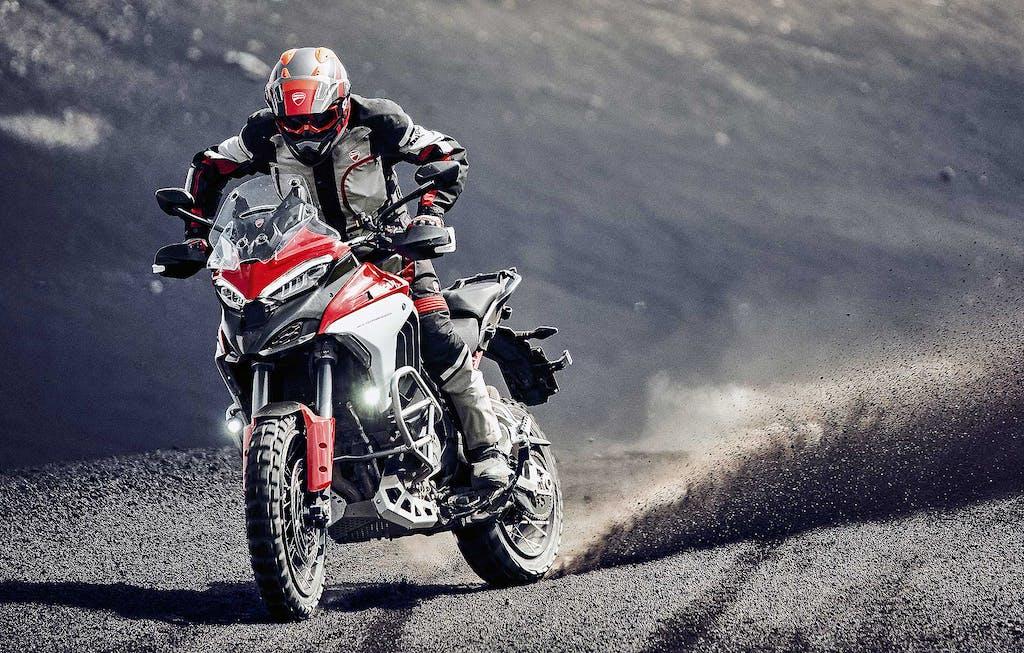 Prova Ducati Multistrada V4 S