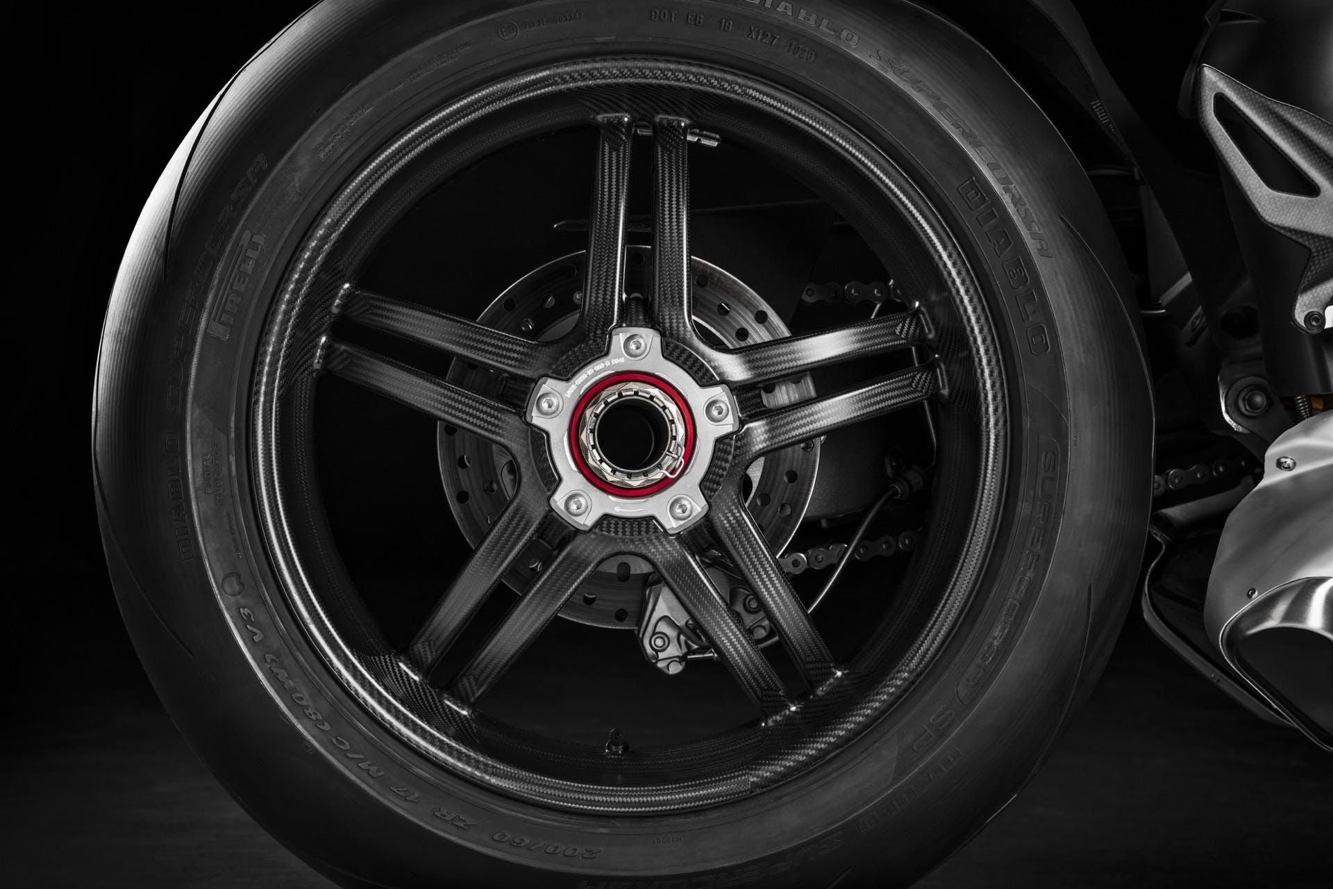 Ducati Panigale V4 SP cerchio posteriore carbonio