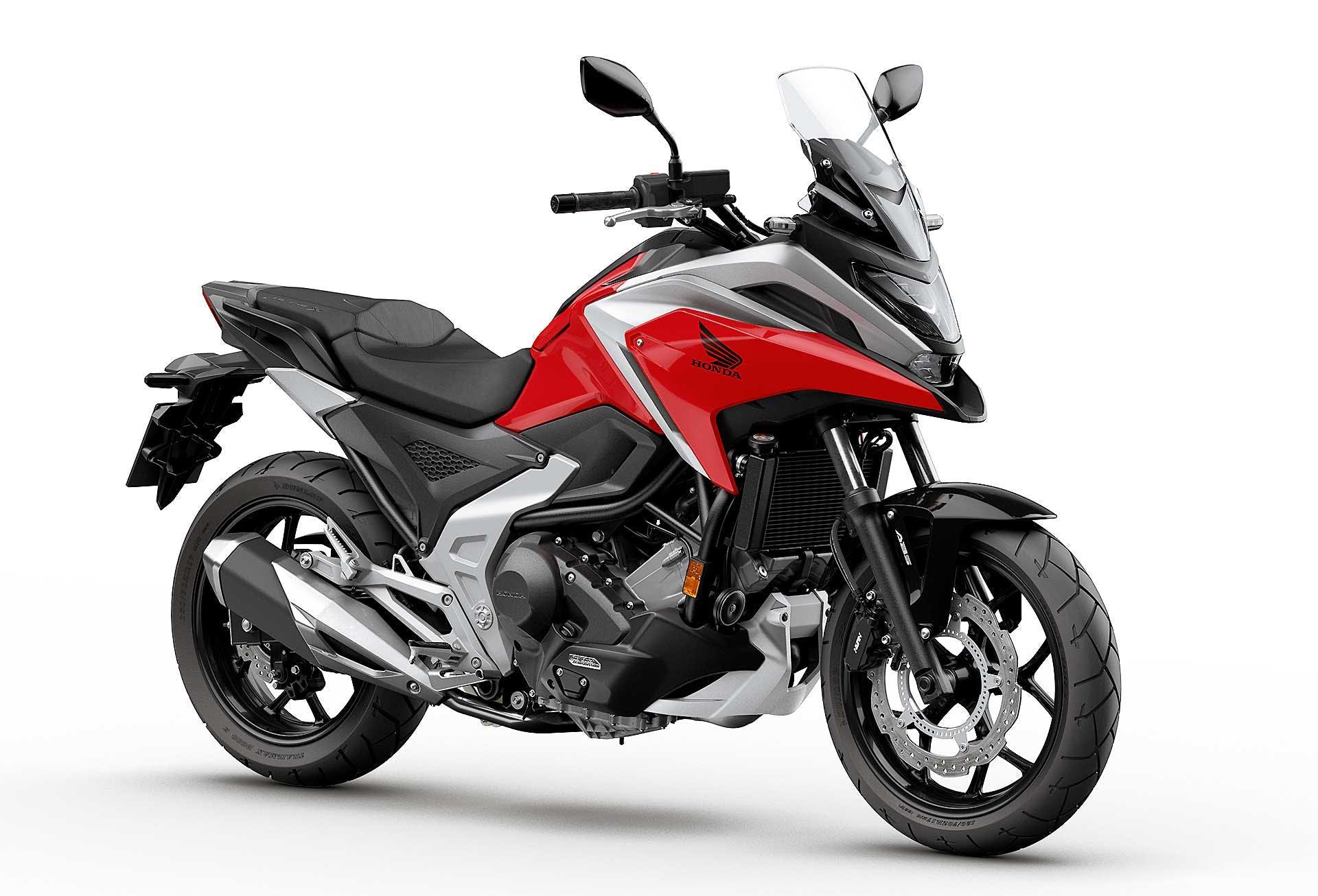 Honda NC750X 2021 DCT migliori moto per neopatentati A2