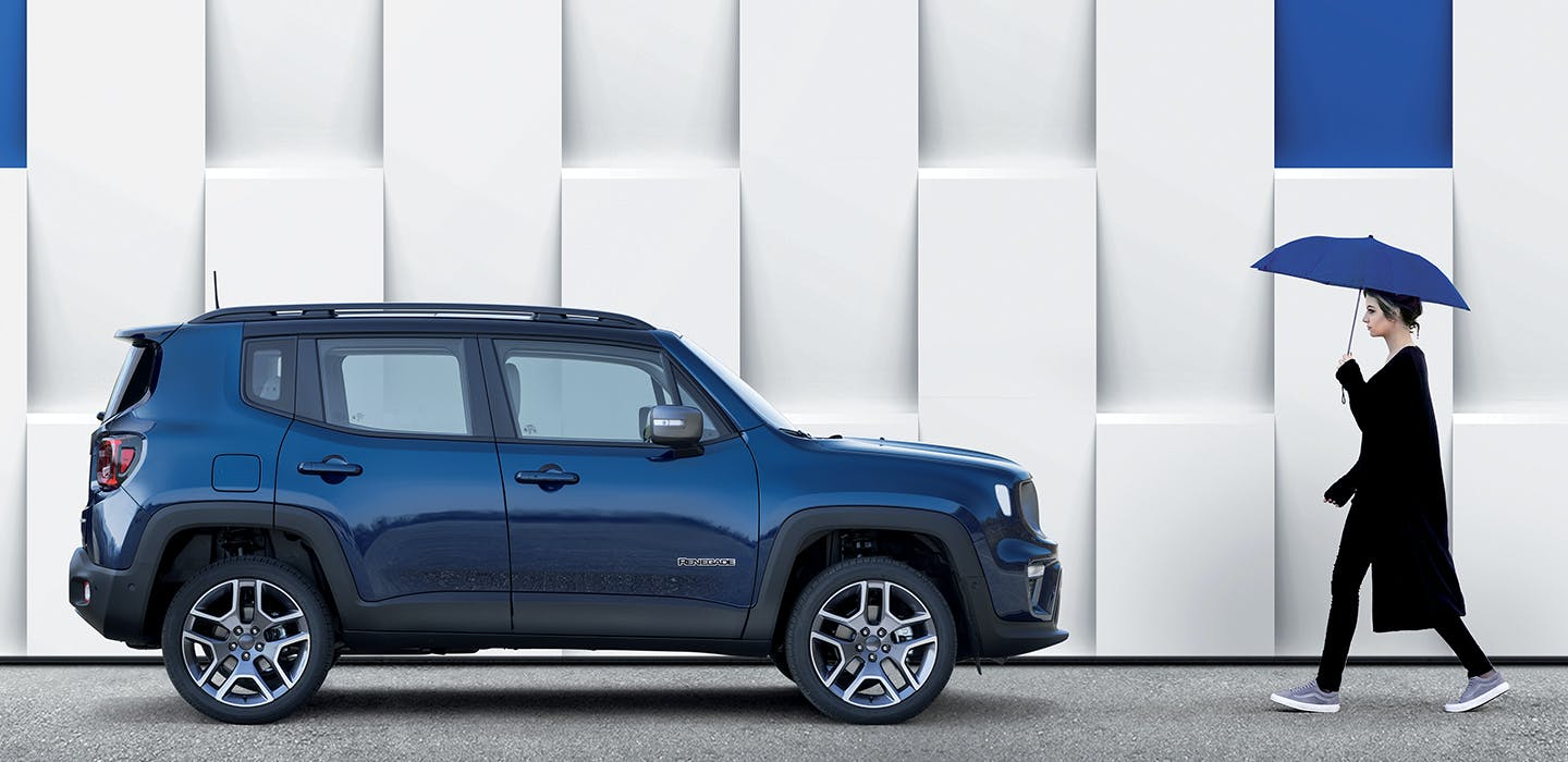 Jeep Renegade 4xe - side