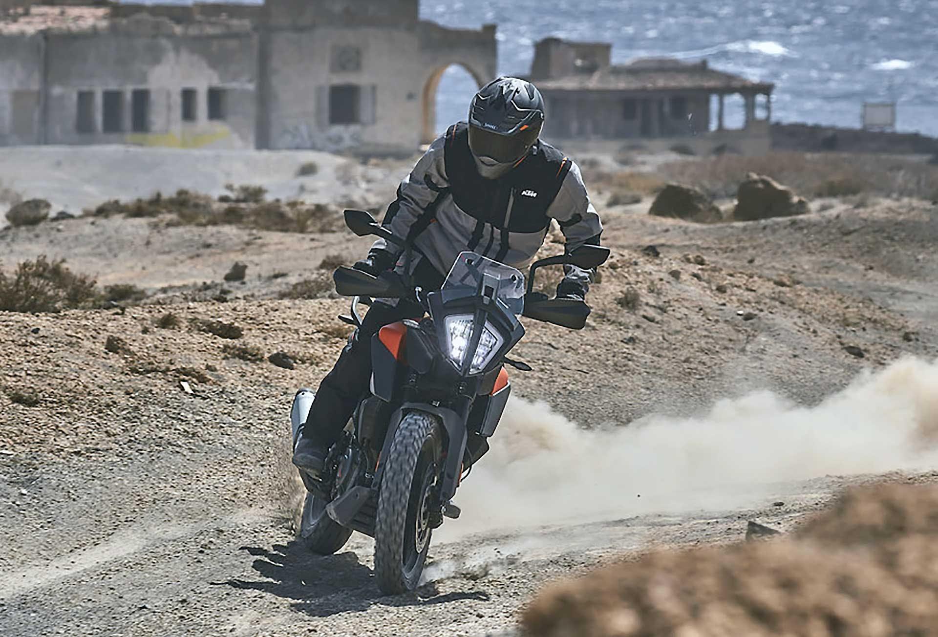 KTM 390 Adventure derapata