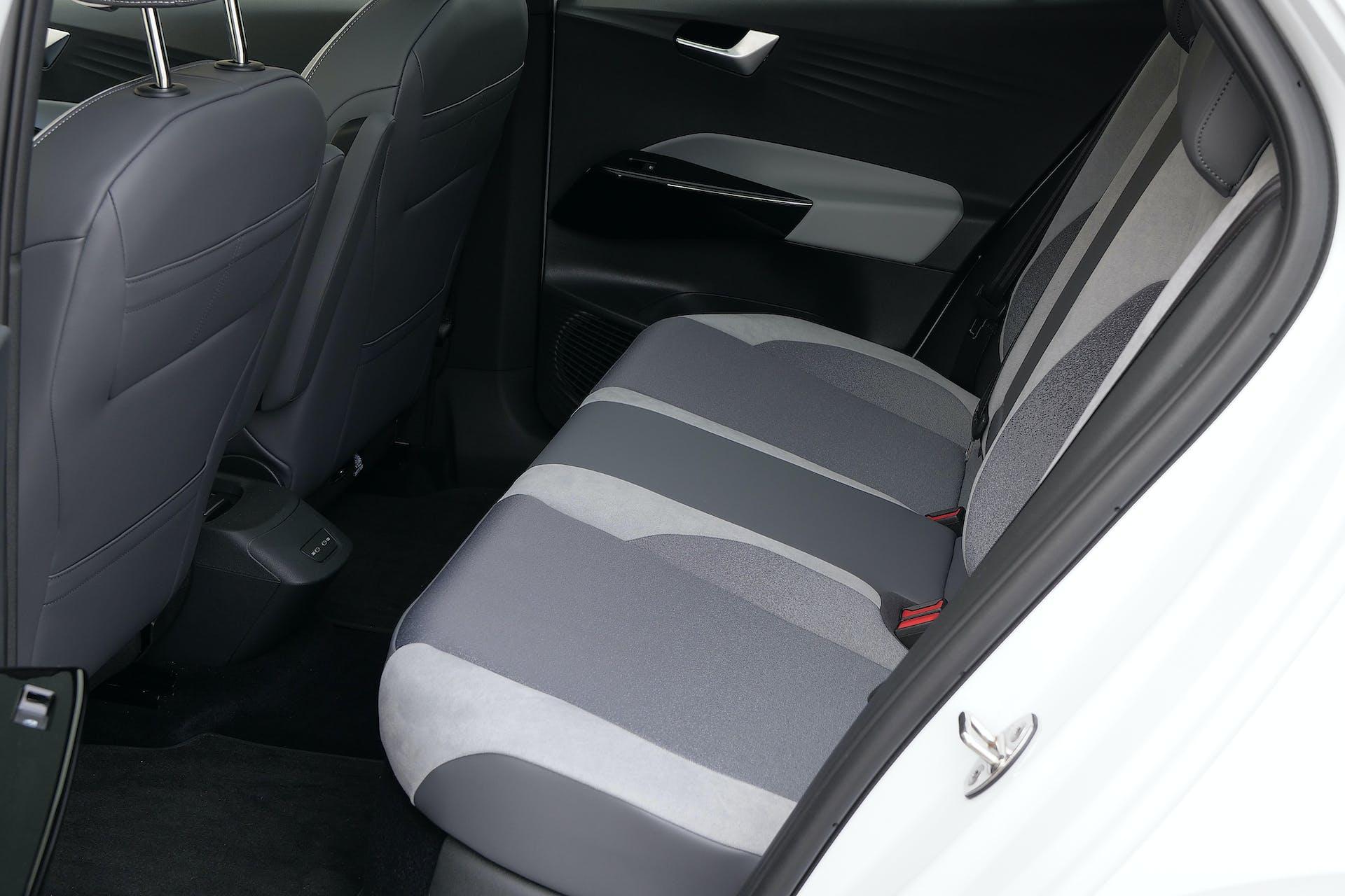 Volkswagen ID3 sedili posteriori