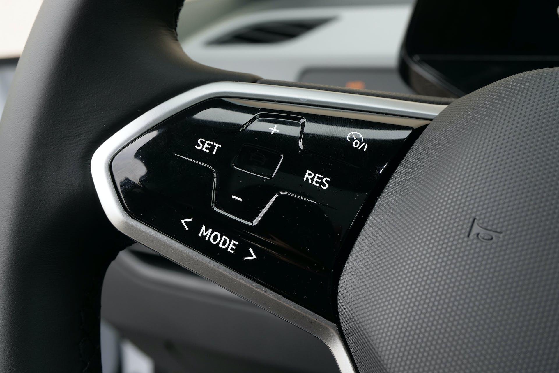 Volkswagen ID3 comandi razze volante