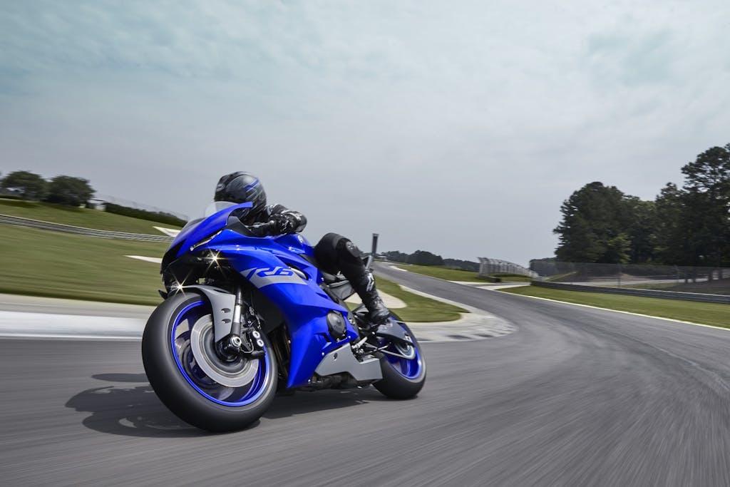 Yamaha R6, solo pista
