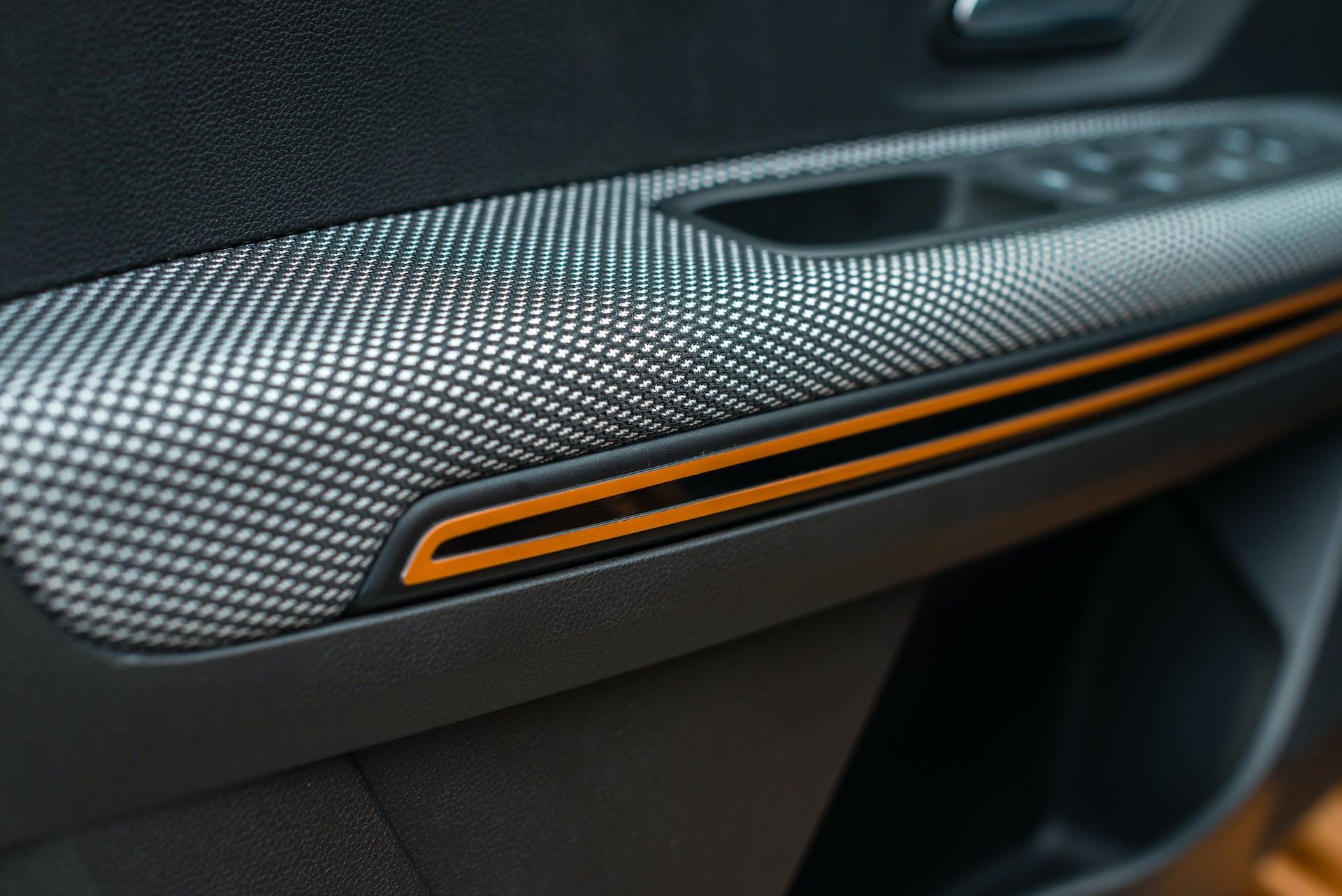 Prova nuova Dacia Sandero Strepway - pannello porta