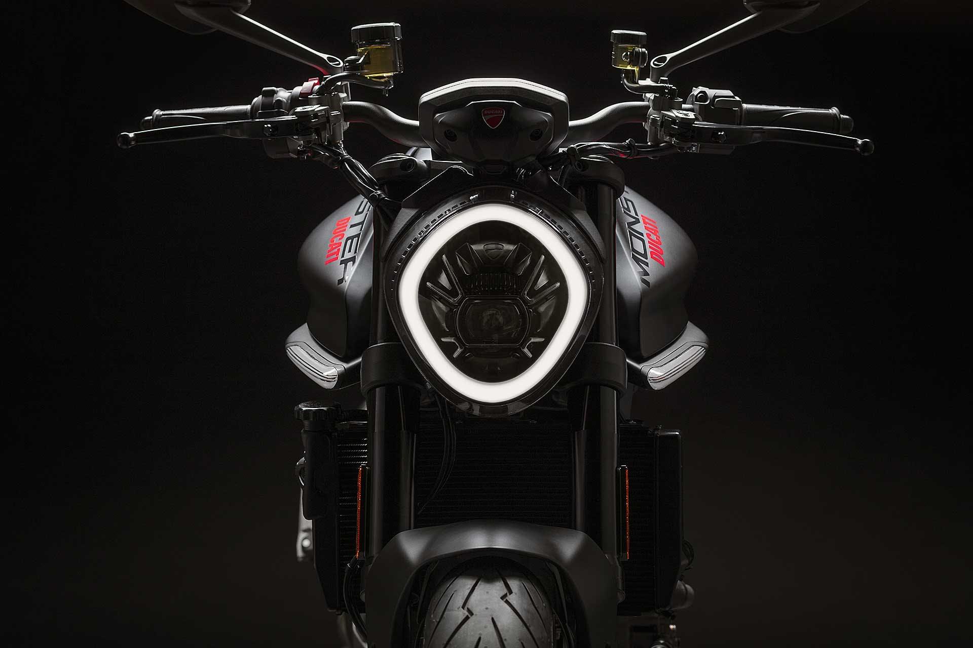Ducati Monster 2021 faro