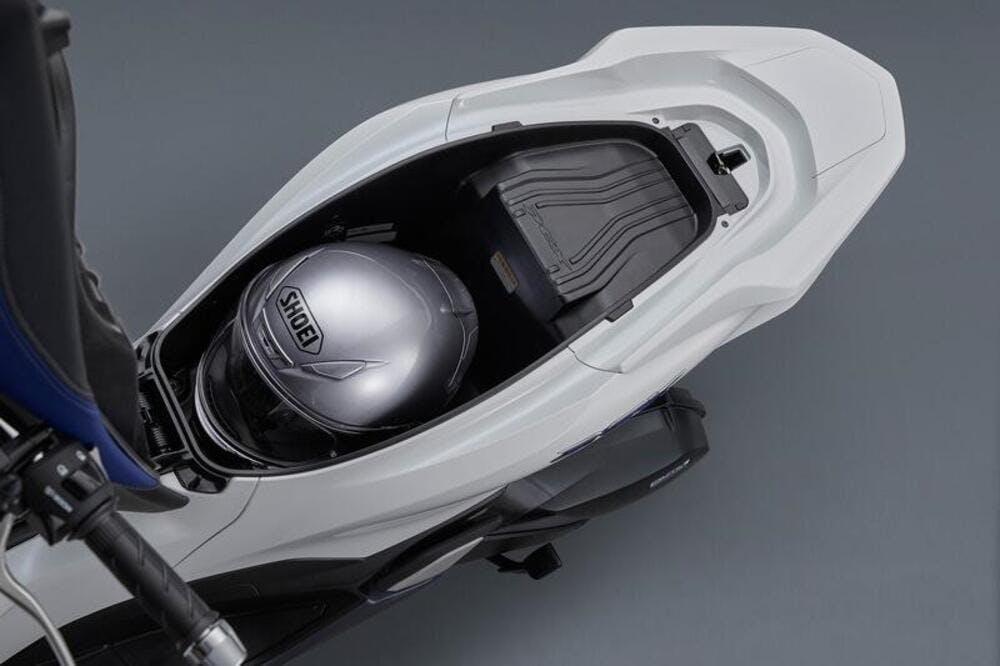 Honda PCX e: HEV