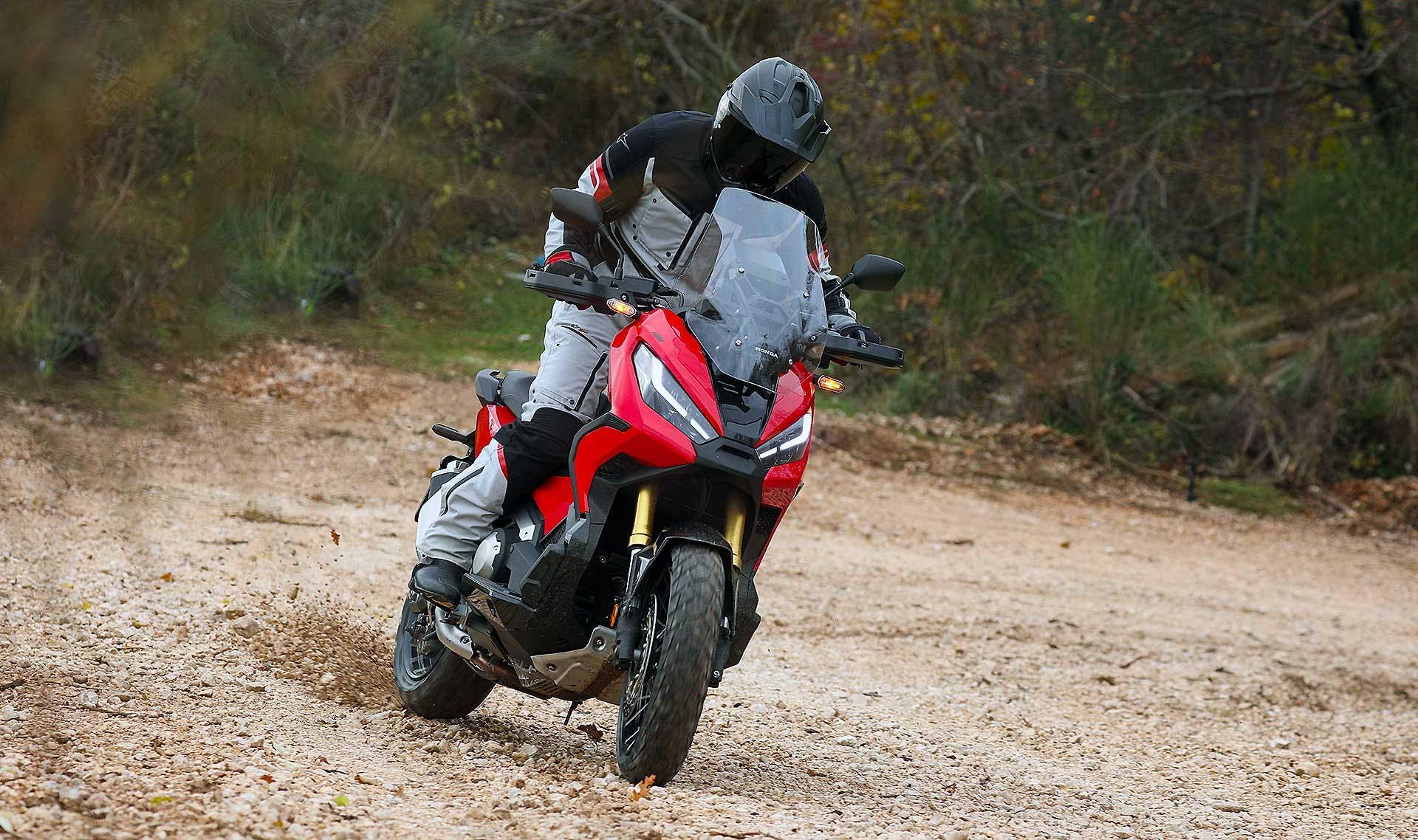 Honda X-ADV 2021 migliori maxi scooter