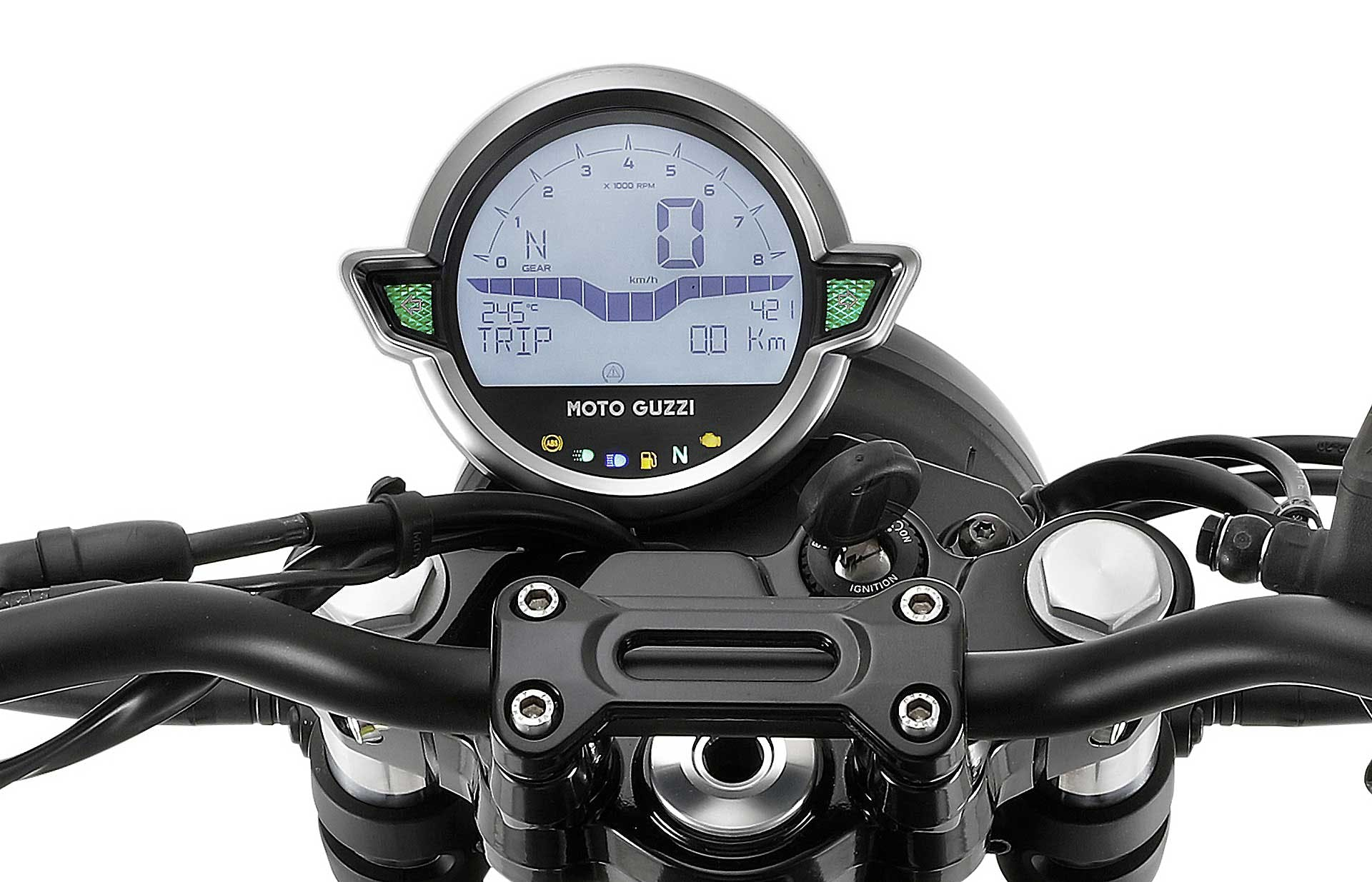 Moto Guzzi V7 850 2021 strumentazione digitale