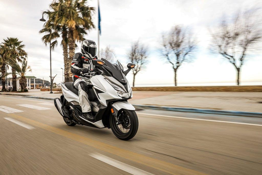 Honda Forza 350, l'equilibrio è tutto