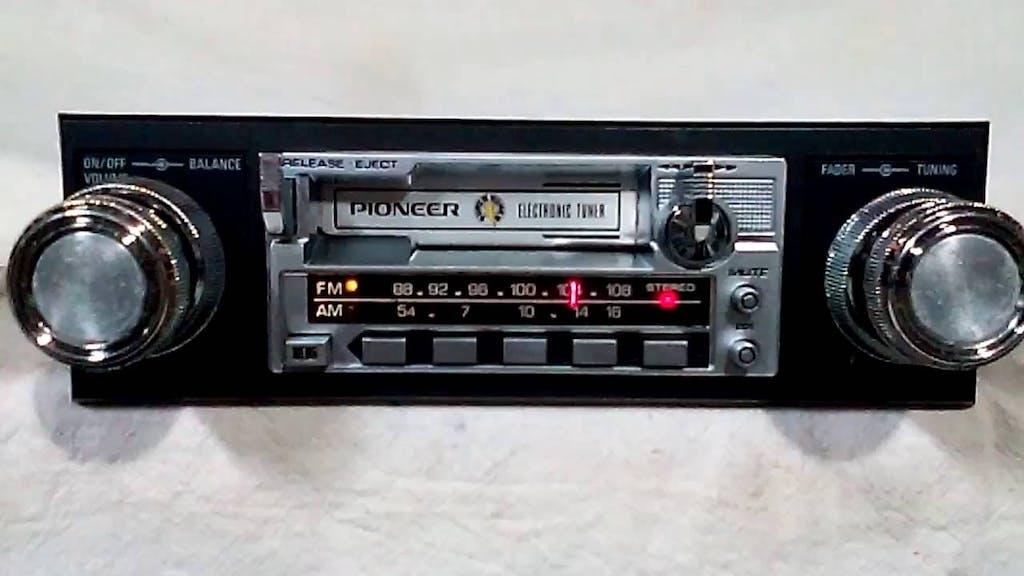stereo vintage auto