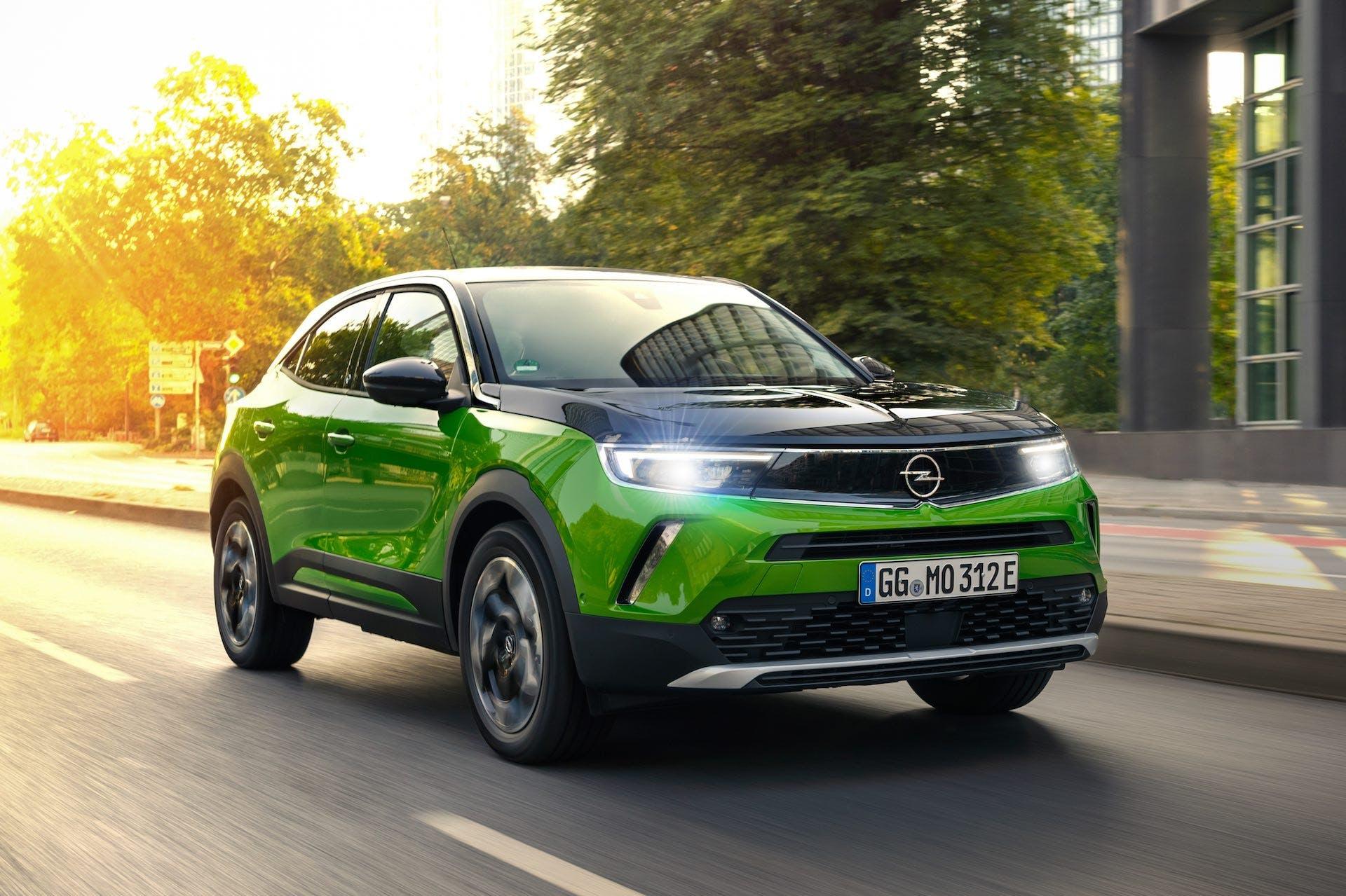 Opel-Mokka-e-fari-IntelliLux