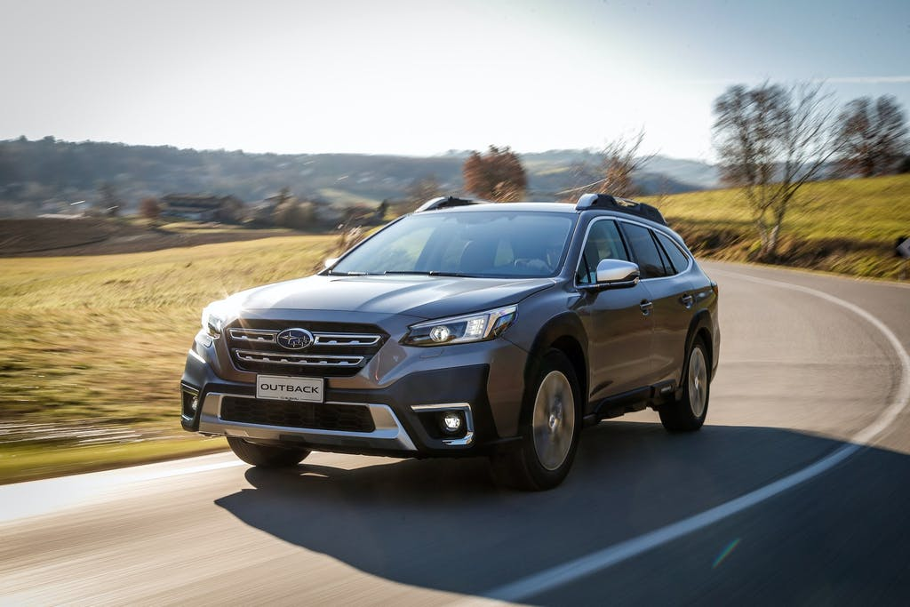 Nuova Subaru Outback: cambia tutto, nel rispetto della tradizione