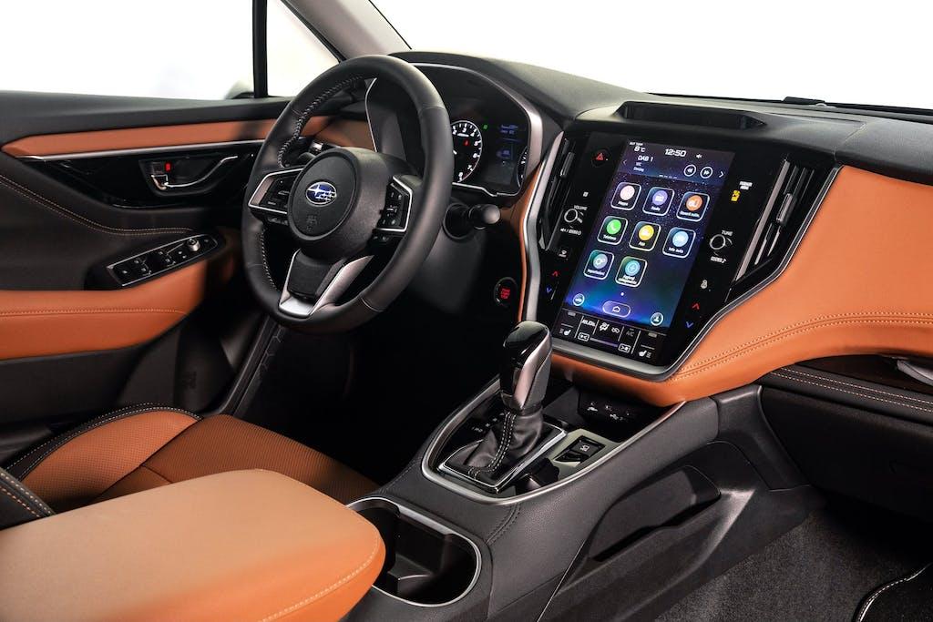 Subaru-Outback-MY21-interni