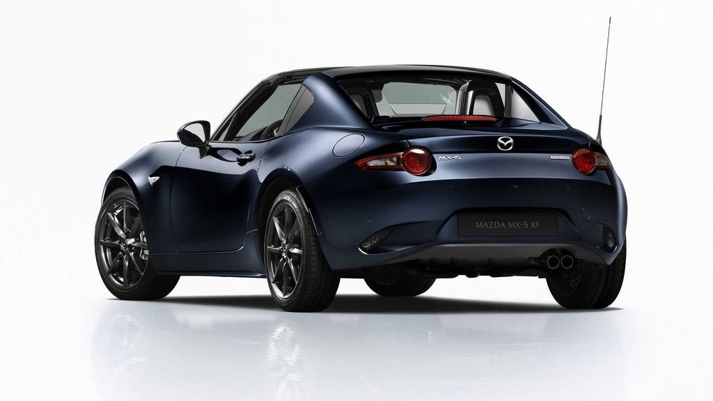 Mazda MX-5 MY 2021 tre quarti posteriore