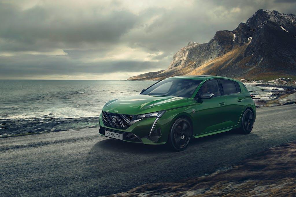 Nuova Peugeot 308 verde dinamica