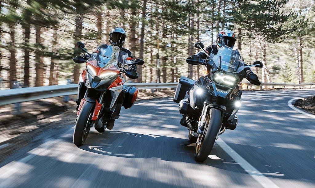 Confronto BMW R 1250 GS Ducati Multistrada V4 S, la sfida definitiva