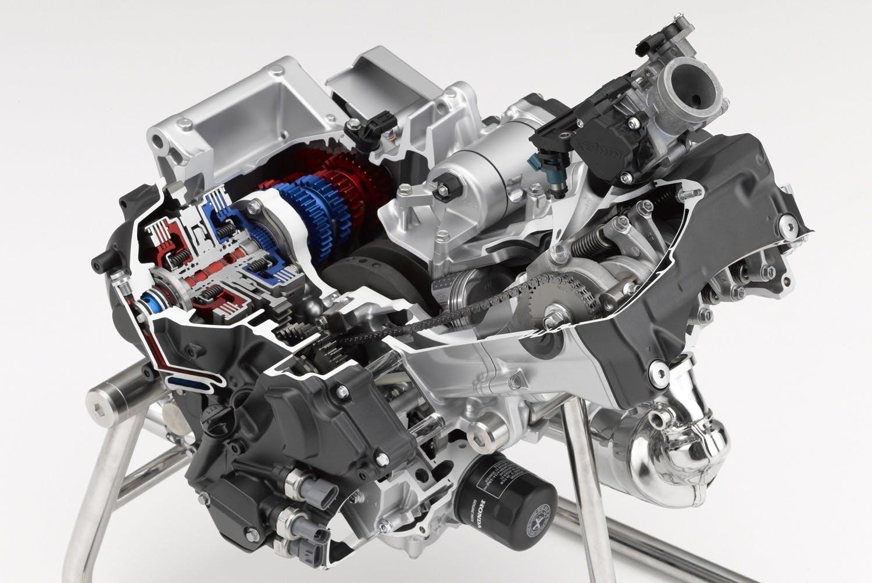 Honda NC750X 2021 motore con cambio DCT