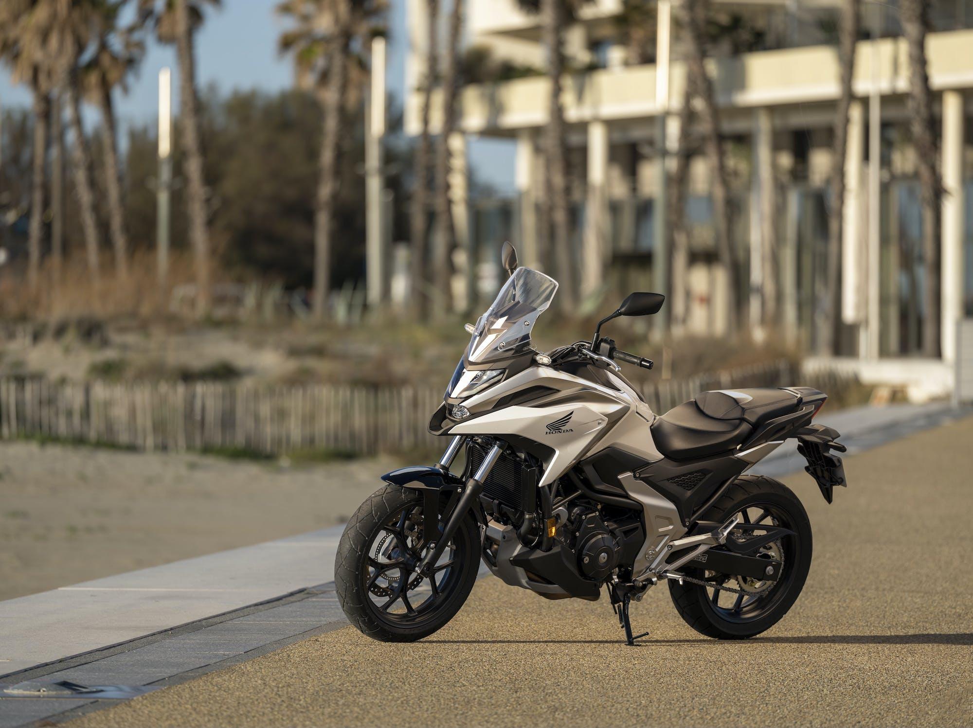 Honda NC750X 2021